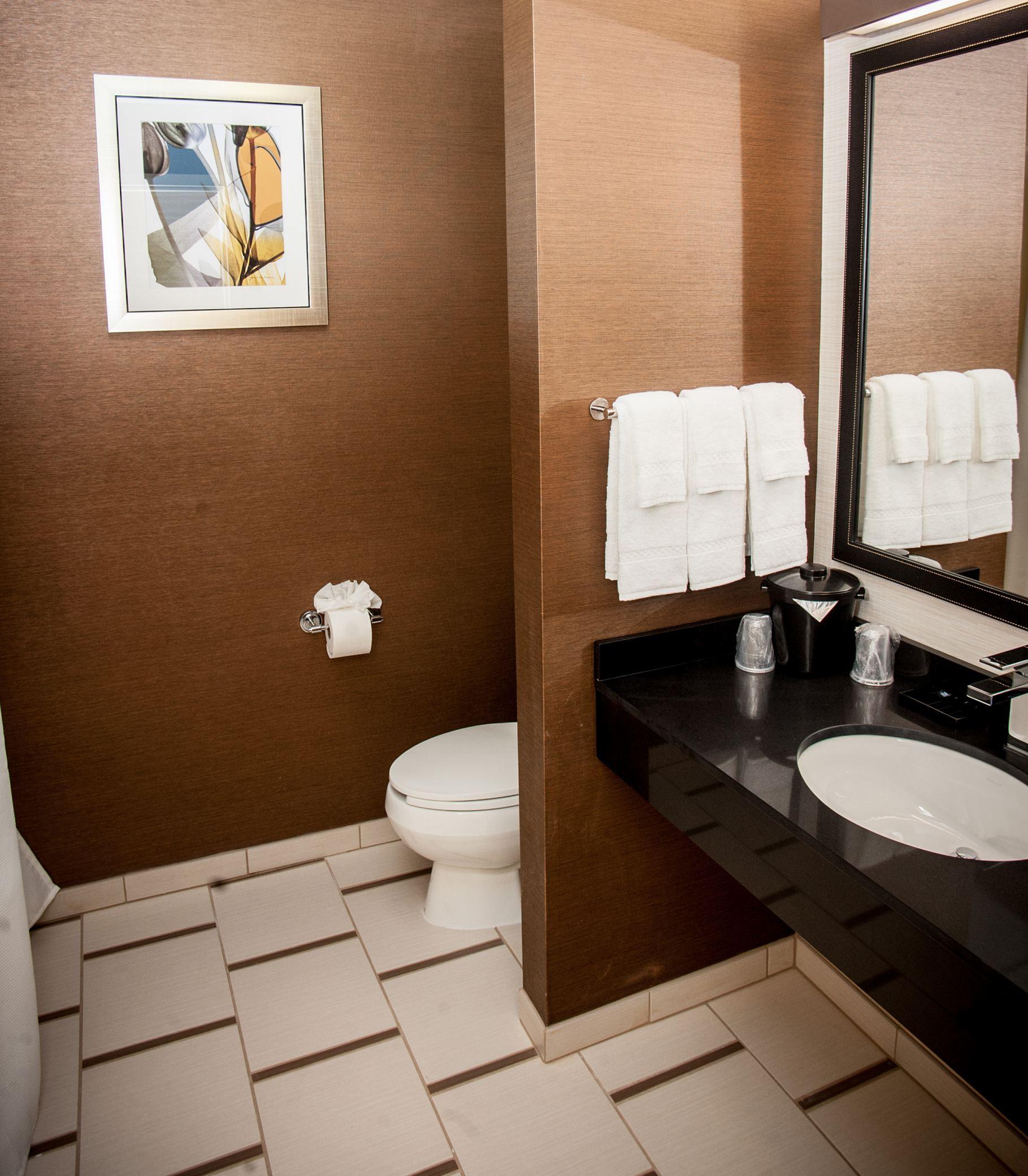 Fairfield Inn & Suites by Marriott Akron South image 2