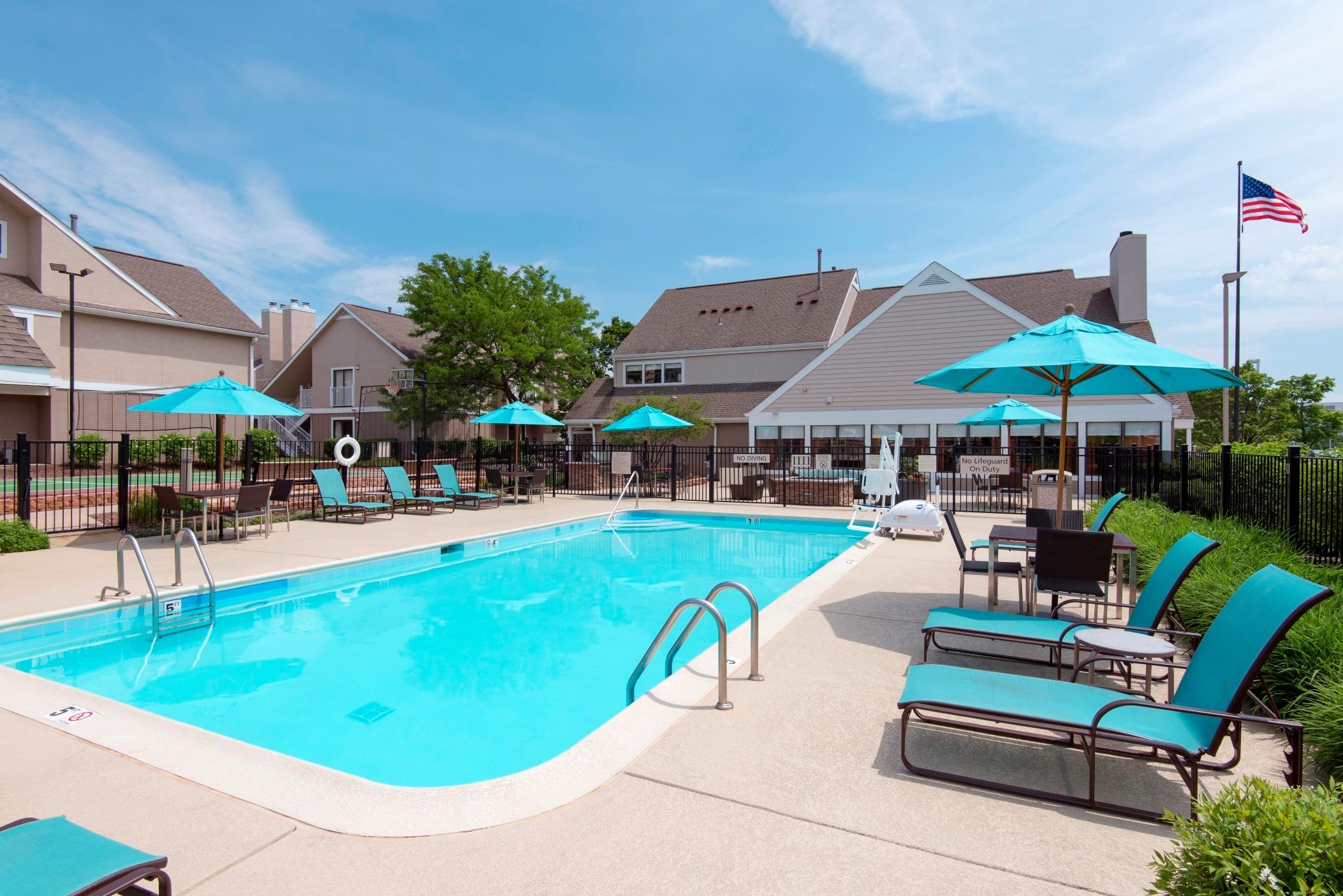 Residence Inn by Marriott Chicago Deerfield image 4