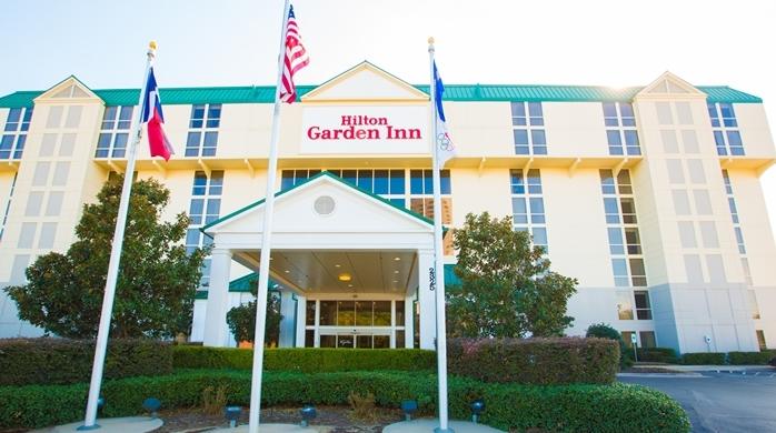 Hilton Garden Inn Dallas Market Center In Dallas Tx 75207 Citysearch