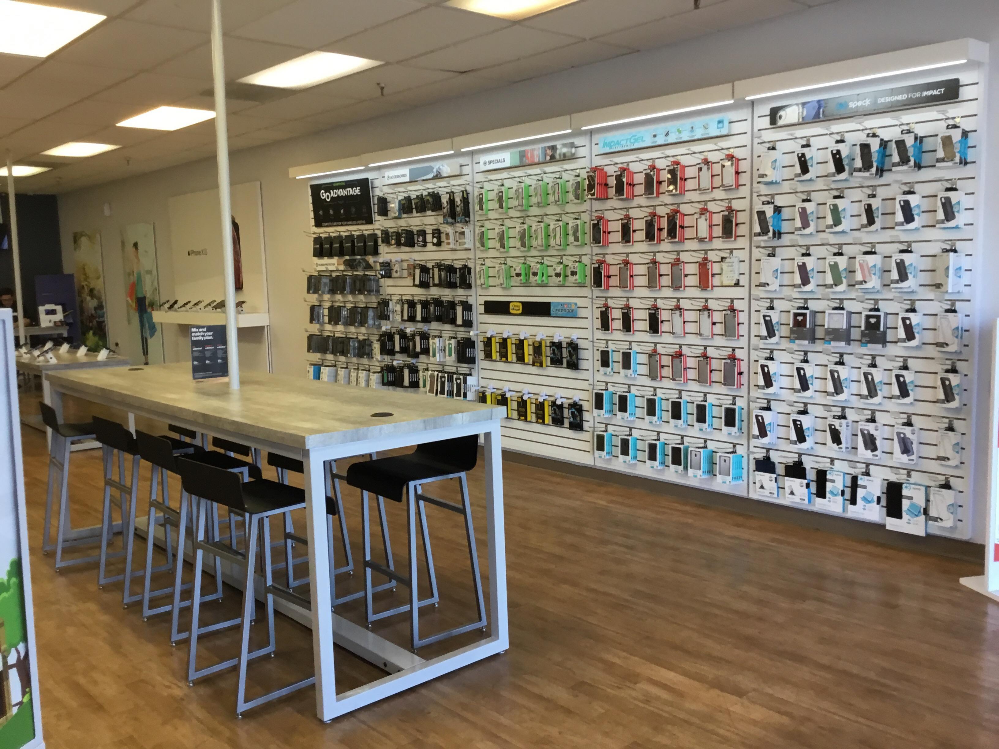 Verizon Authorized Retailer – GoWireless - CLOSED image 8