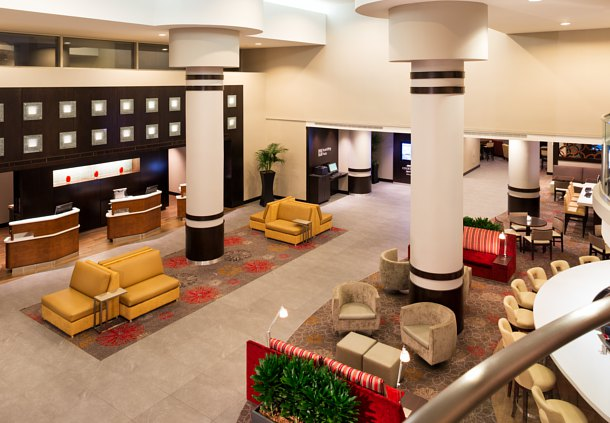 Courtyard by Marriott Minneapolis Downtown image 2