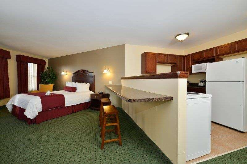 Best Western The Hotel Chequamegon image 37