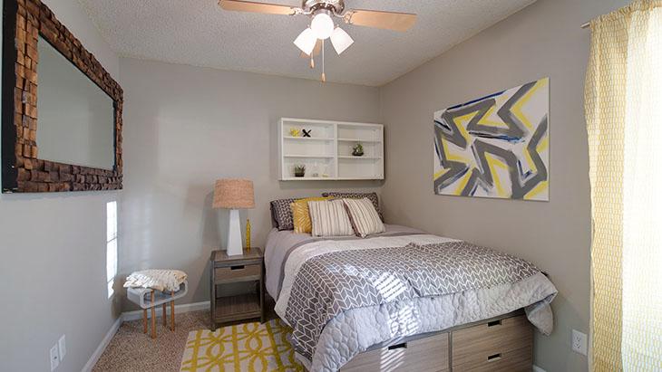 The Hub at Auburn Apartment Homes image 20