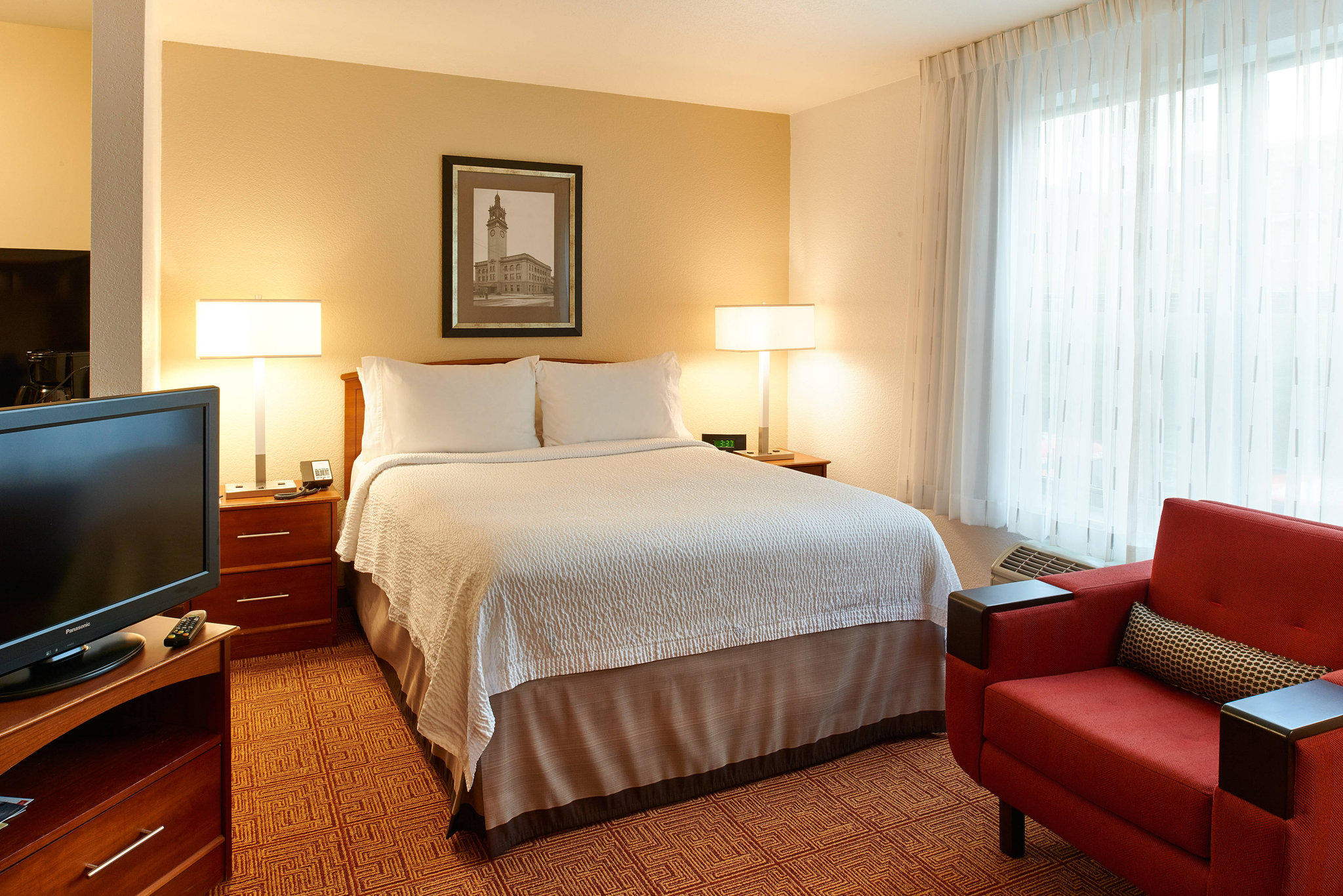 TownePlace Suites by Marriott Minneapolis Downtown/North Loop