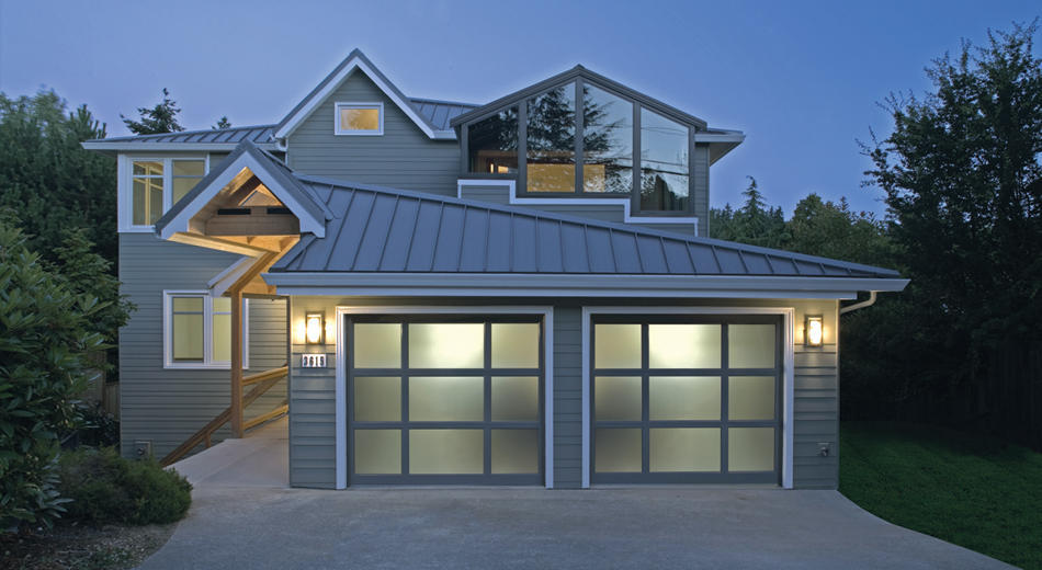 Creative Door - Saskatoon Garage Door & Overhead Door Specialists in Saskatoon: Richards-Wilcox StyleView Modern Aluminum Garage Door