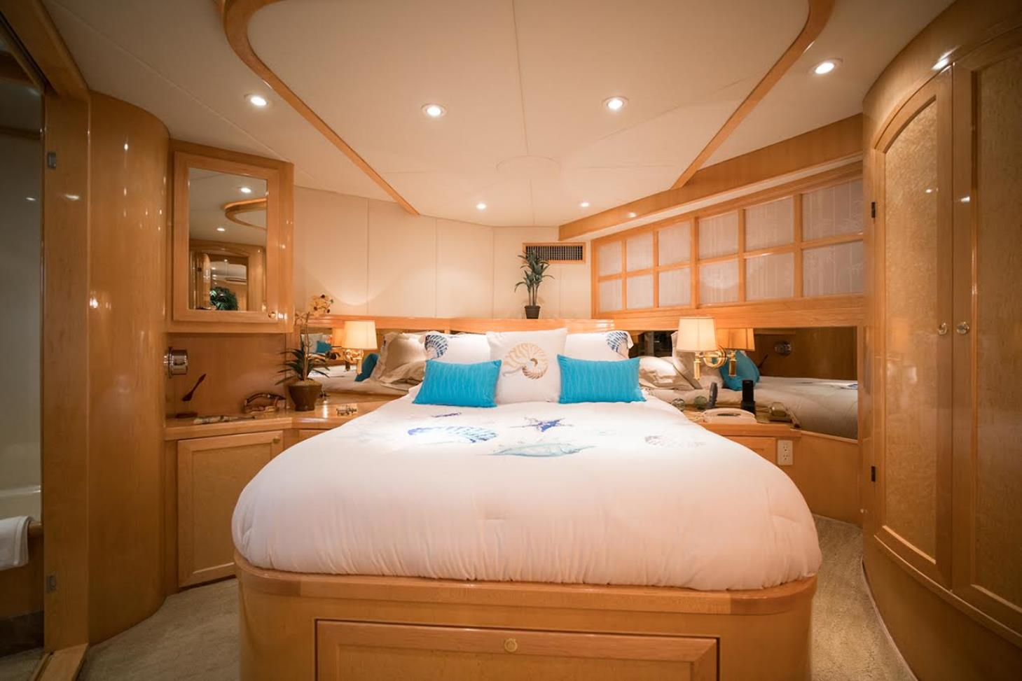 The Duchess Yacht Charter Service image 9