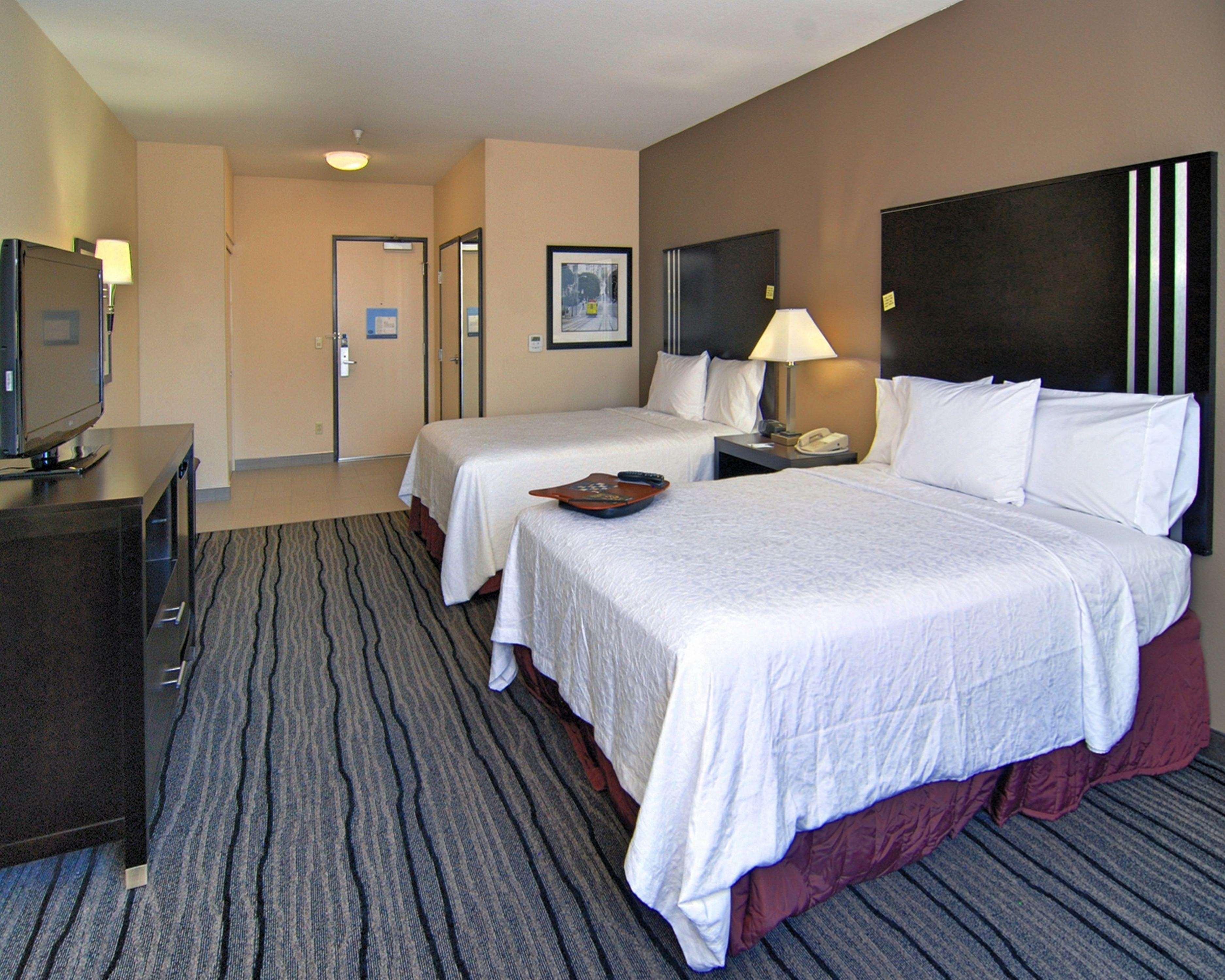 Hampton Inn & Suites Mountain View image 12