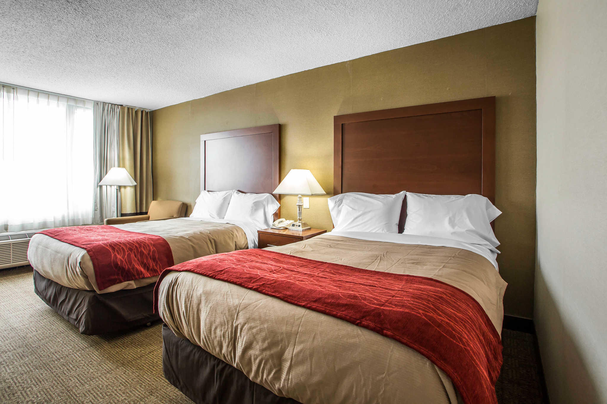 Quality Inn Midway Airport image 9