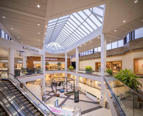 Perimeter Mall image 9