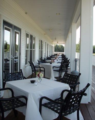 Laurel Lane Country Club image 9