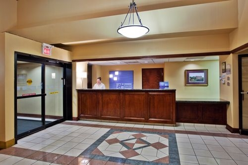 Holiday Inn Express Suites Griffin In Griffin Ga Whitepages