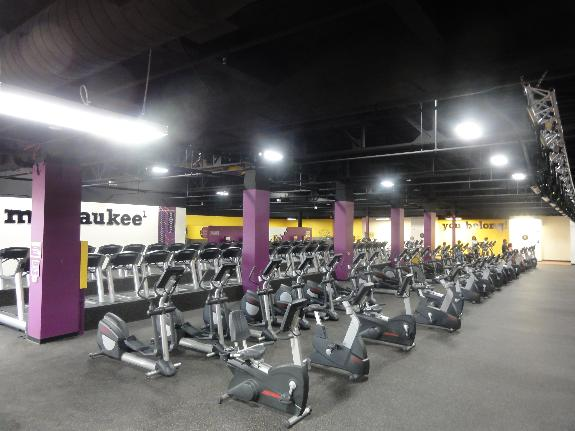 Planet fitness in milwaukee wi 414 382 1 for 27th street salon