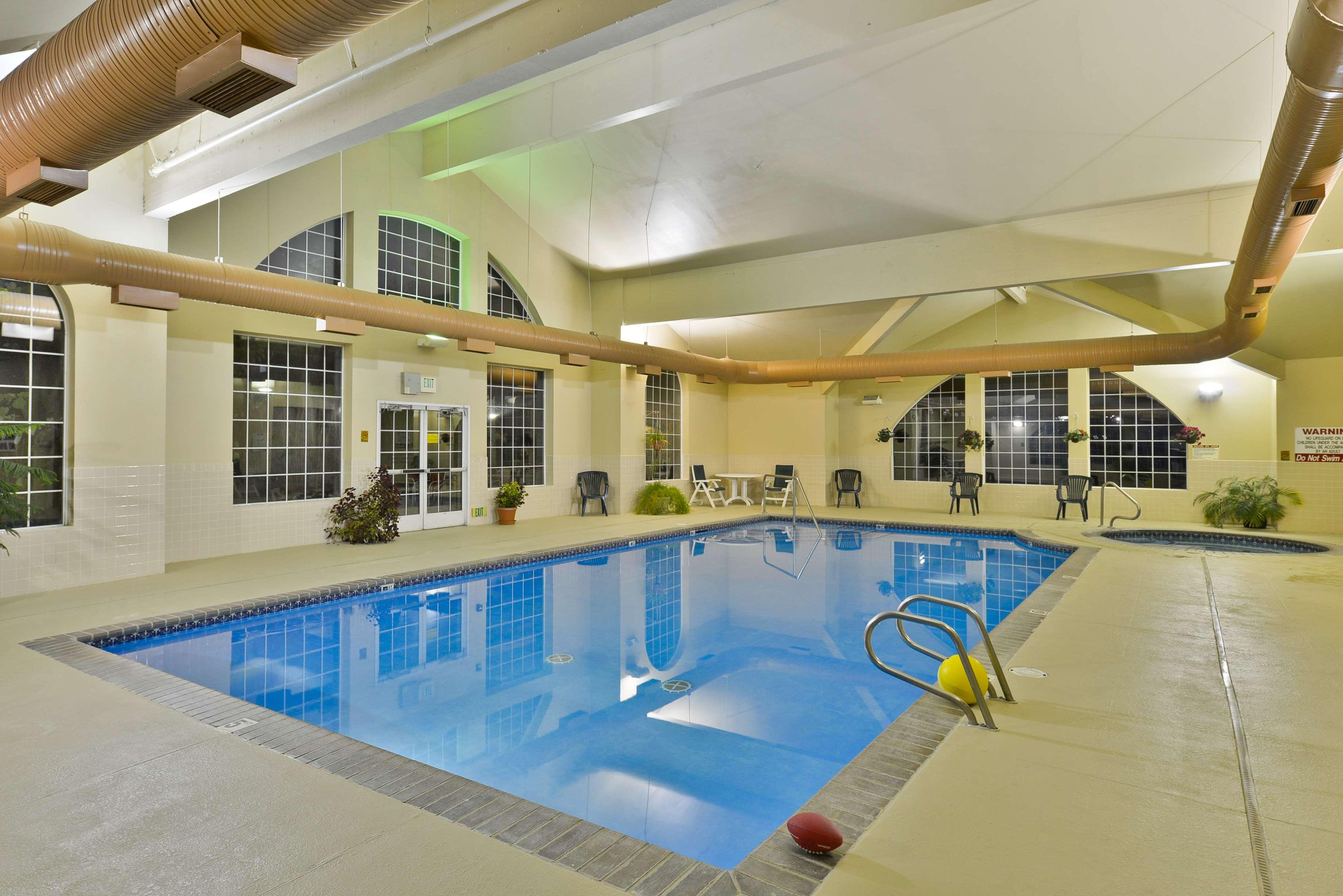 Best Western Plus Caldwell Inn & Suites image 14