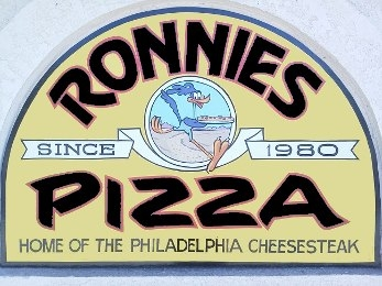 Ronnie's Pizza image 0