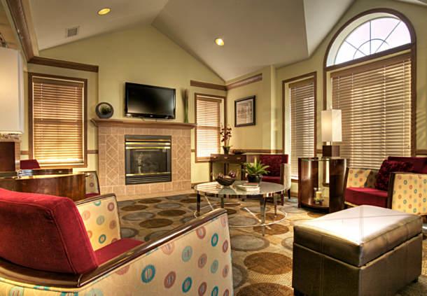 TownePlace Suites by Marriott Minneapolis West/St. Louis Park image 1