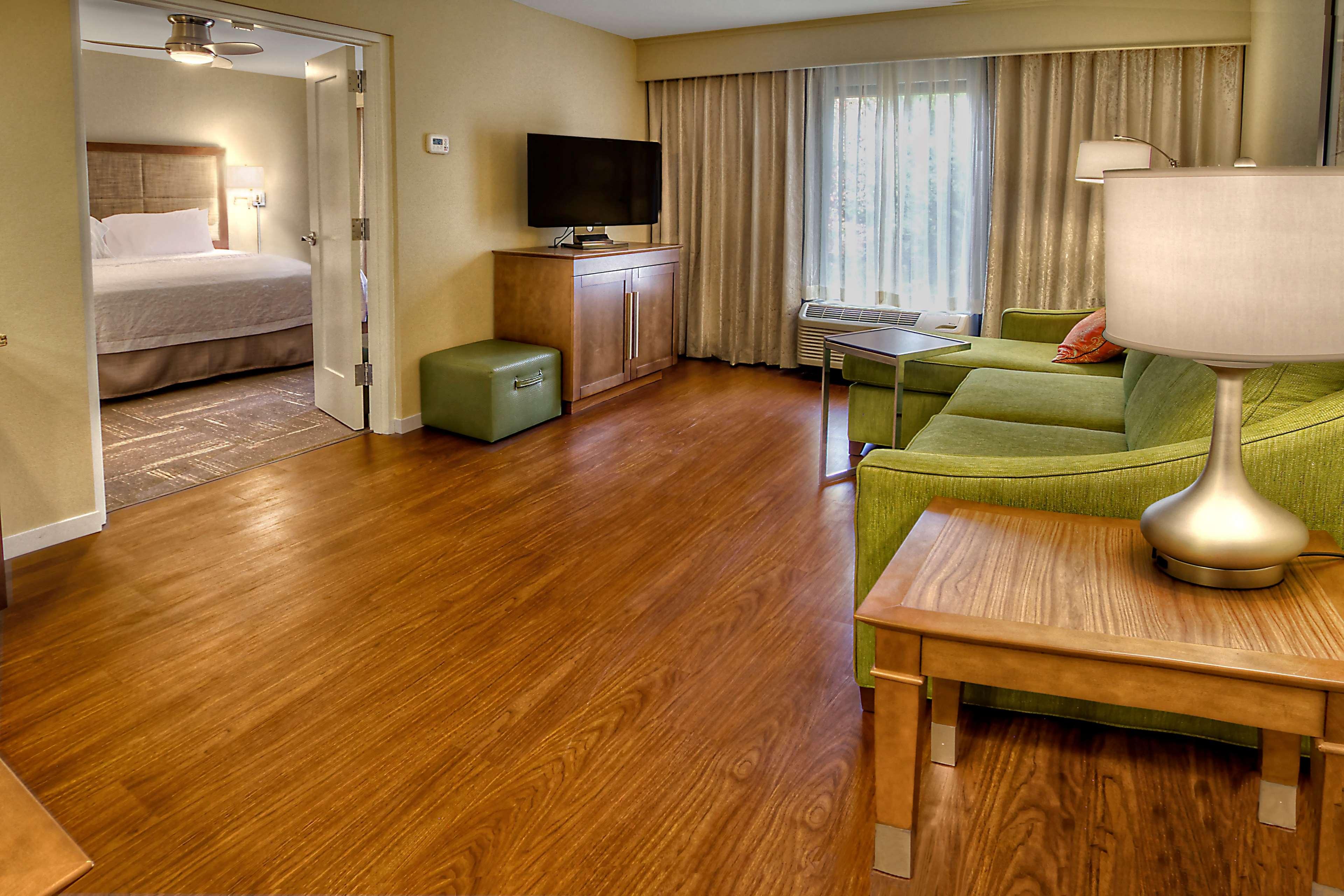 Hampton Inn & Suites Asheville-I-26 image 27