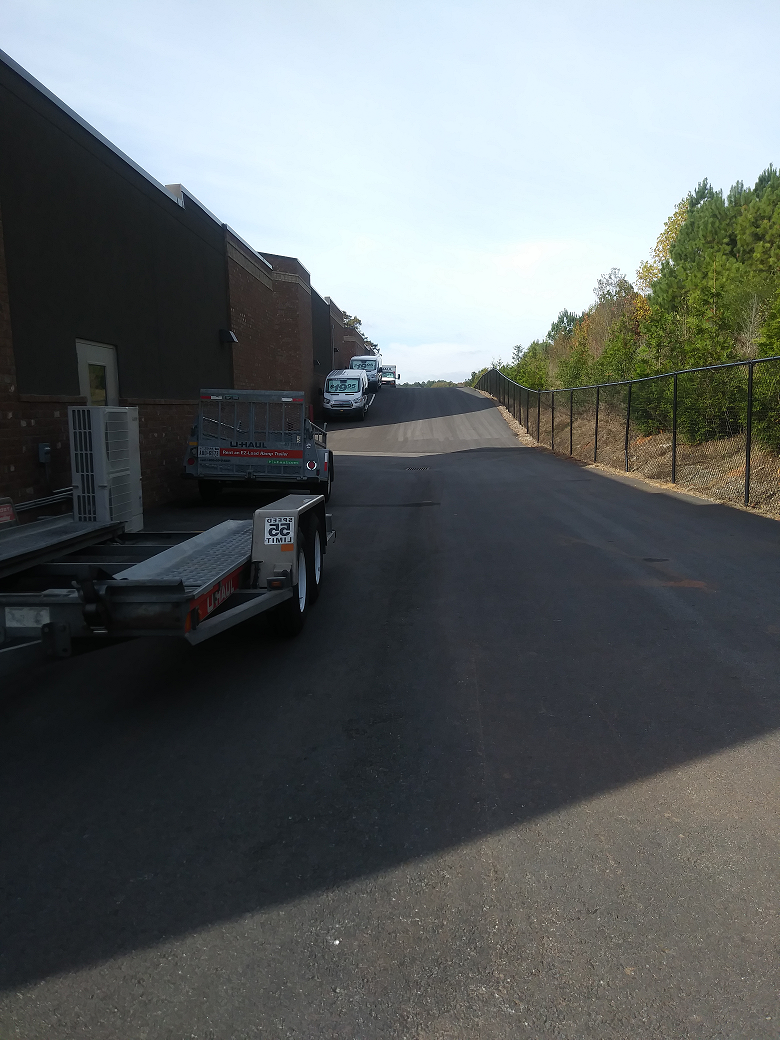 Peachtree Parkway Storage image 4