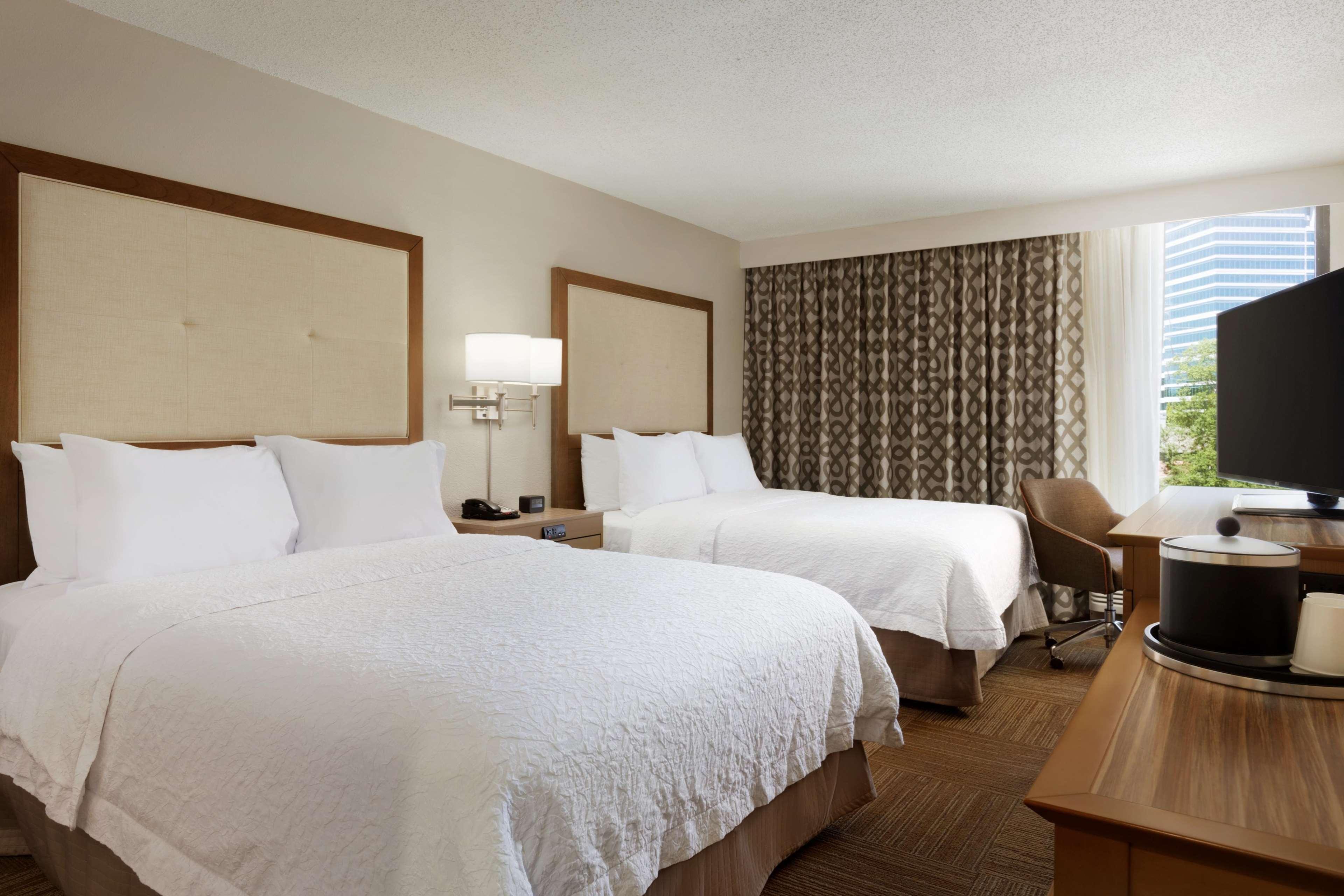 Hampton Inn Atlanta-Buckhead image 6
