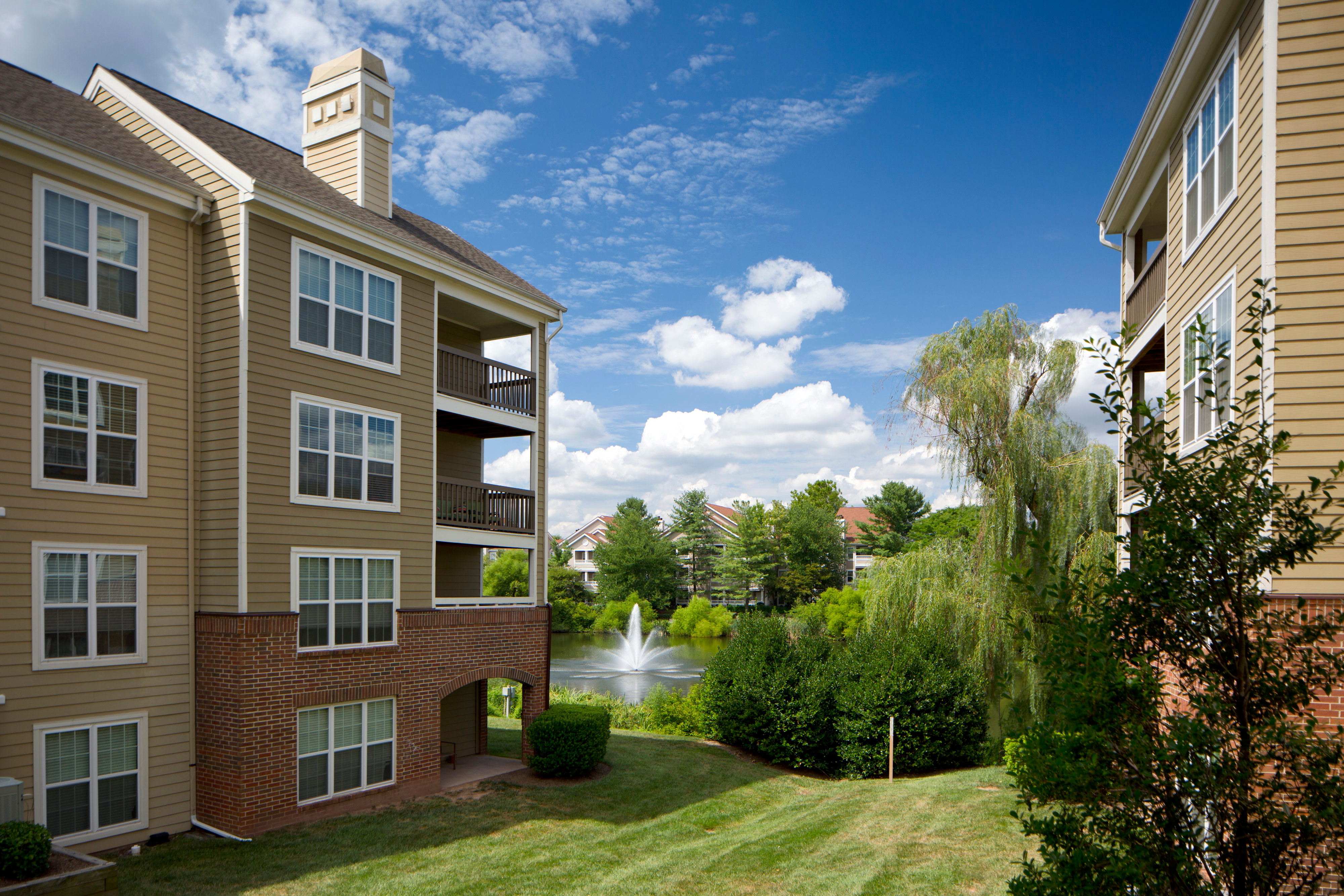 Lakeside Apartments Centreville Reviews