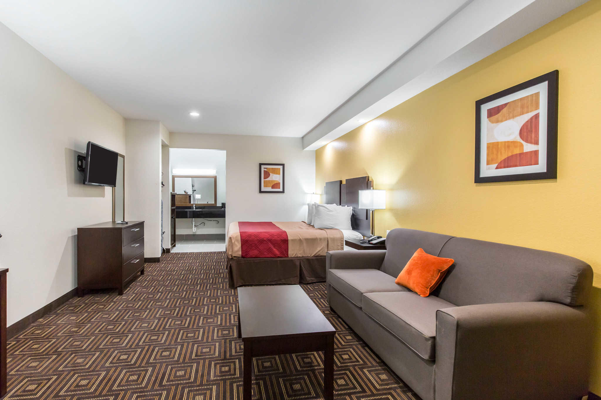 Econo Lodge Inn & Suites Spring - Houston North image 7