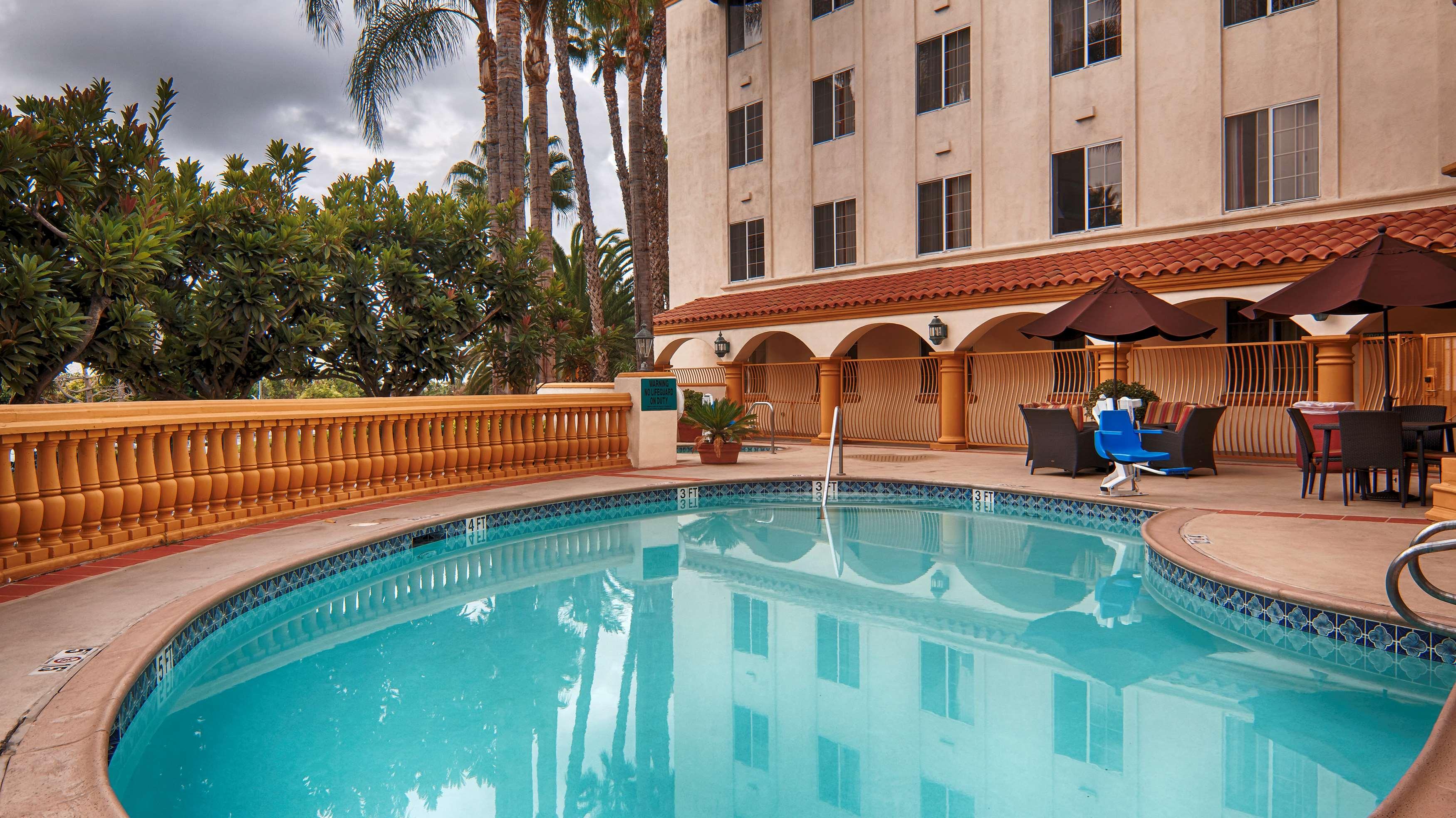 Hampton Inn & Suites Santa Ana/Orange County Airport in Santa Ana, CA, photo #8