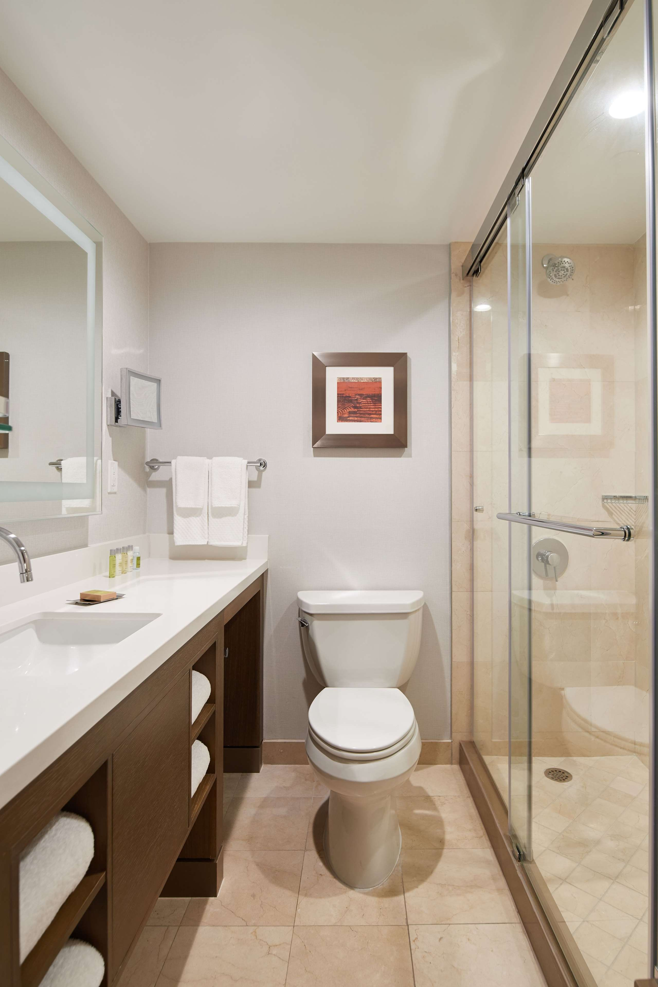DoubleTree by Hilton Hotel Torrance - South Bay image 32