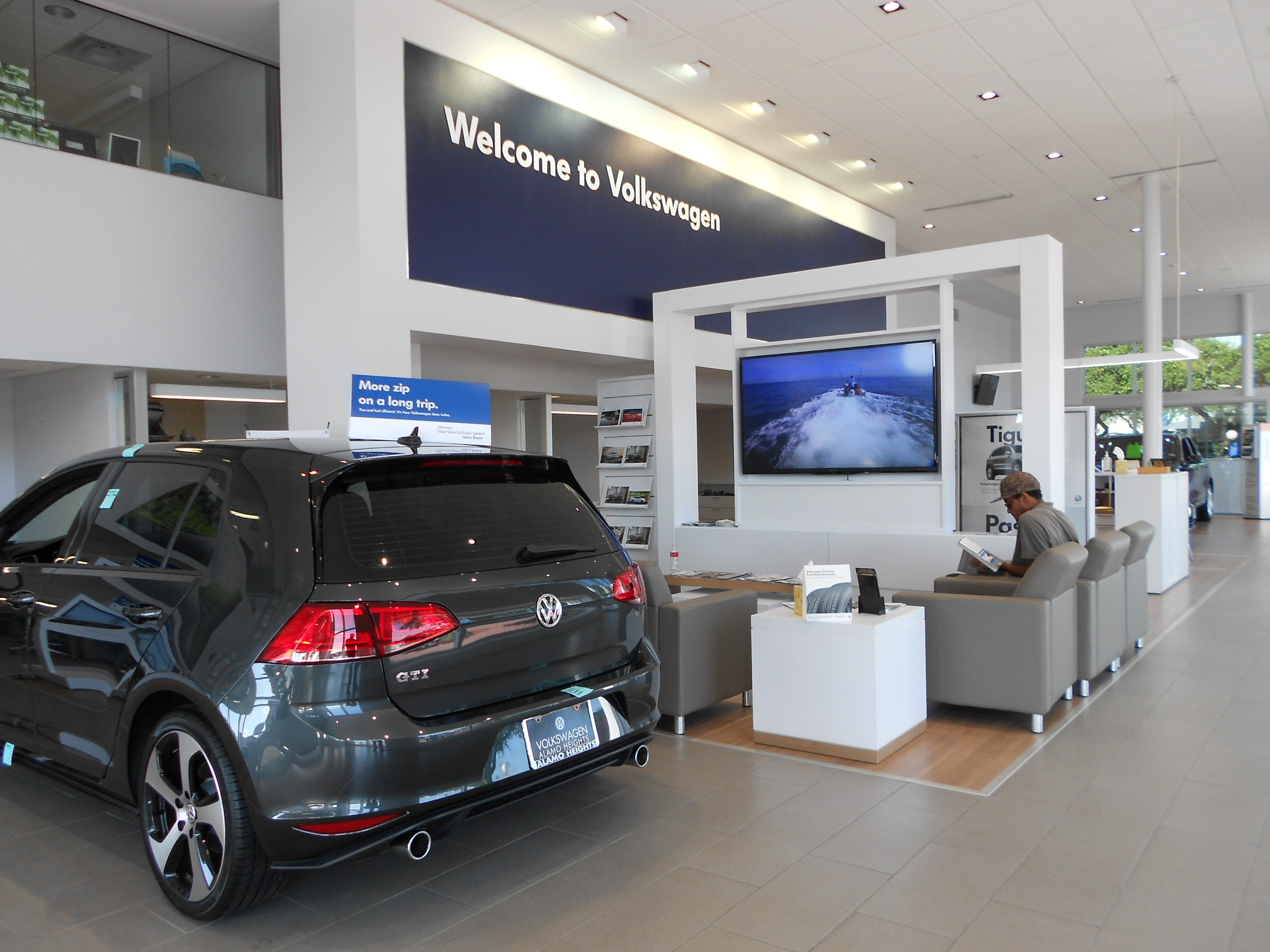 VW Alamo Heights >> Volkswagen Of Alamo Heights 1402 Ne Loop 410 Expressway San