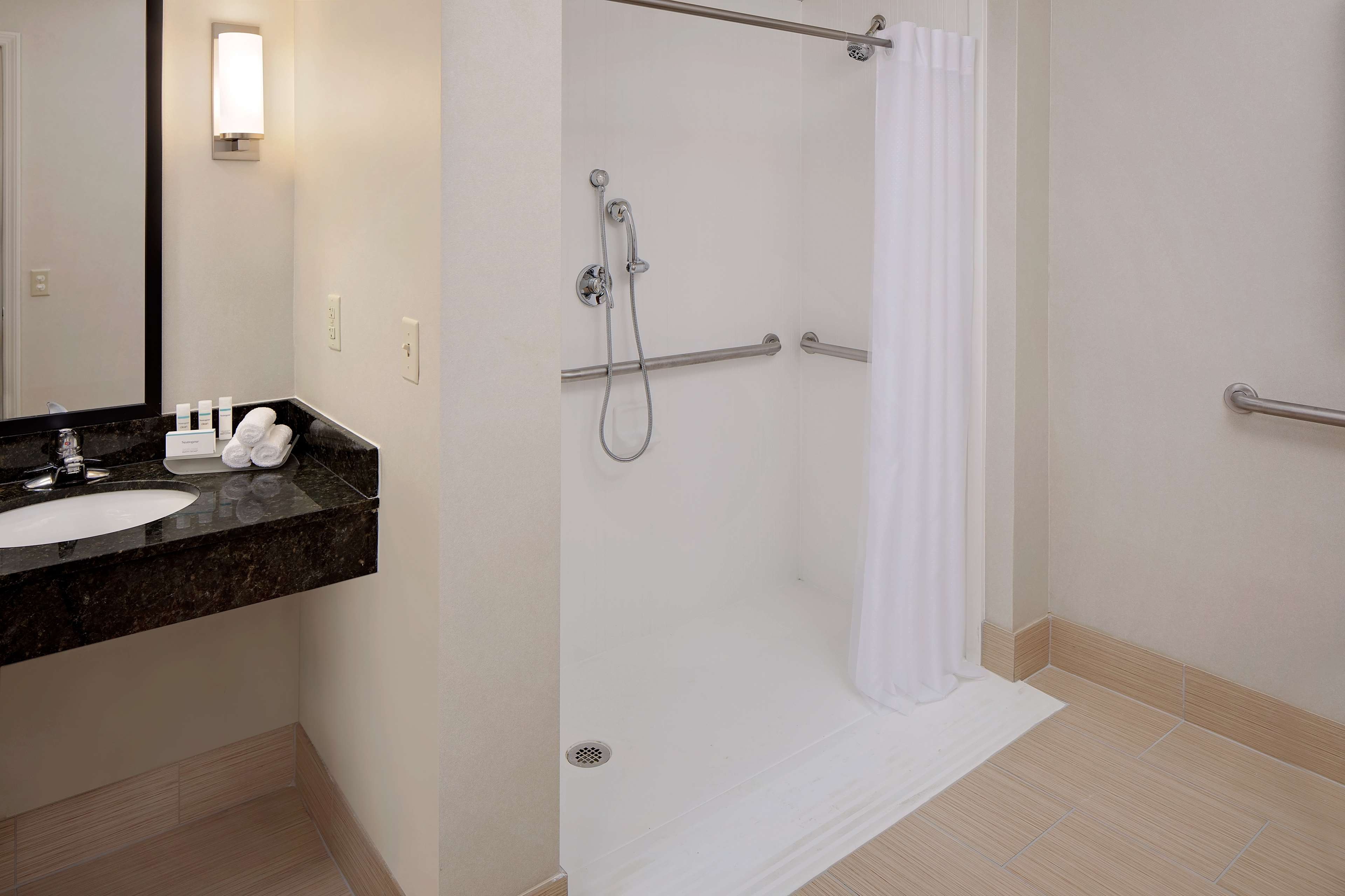 Homewood Suites by Hilton Minneapolis-Mall Of America image 1