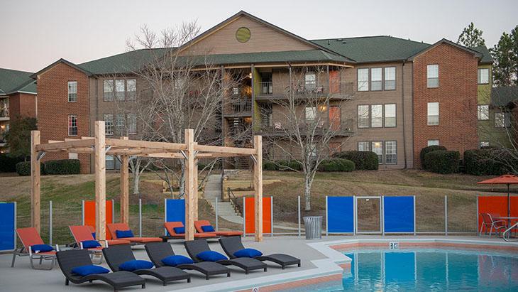 The Hub at Auburn Apartment Homes image 22