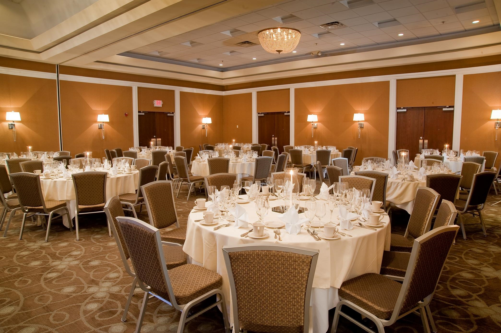 DoubleTree by Hilton Hotel Collinsville - St. Louis image 16