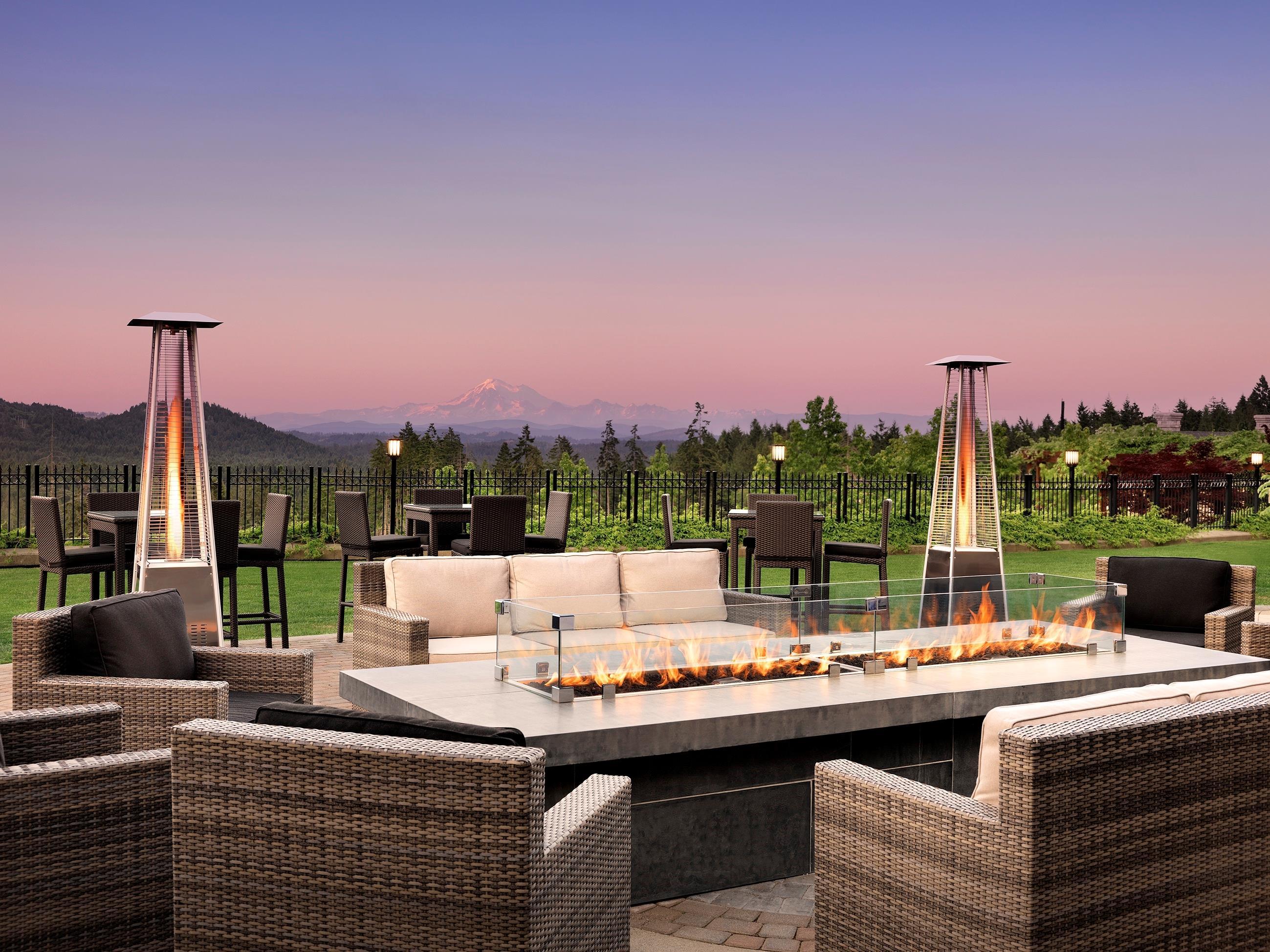 The Westin Bear Mountain Golf Resort & Spa, Victoria in Victoria: Fire Lounge