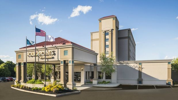 Four Points By Sheraton Boston Logan Airport Revere In