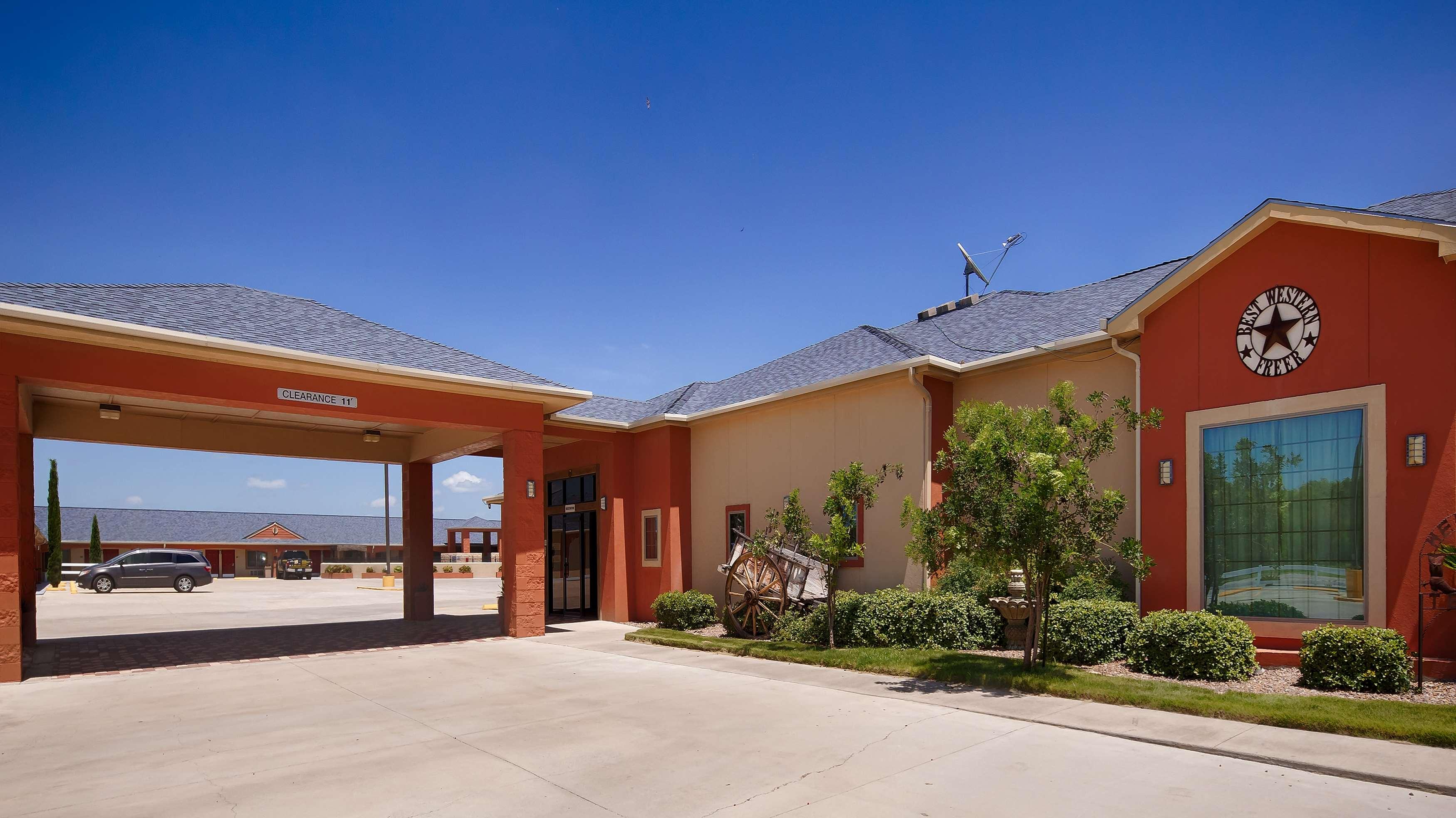 Best Western Windwood Inn & Suites image 0