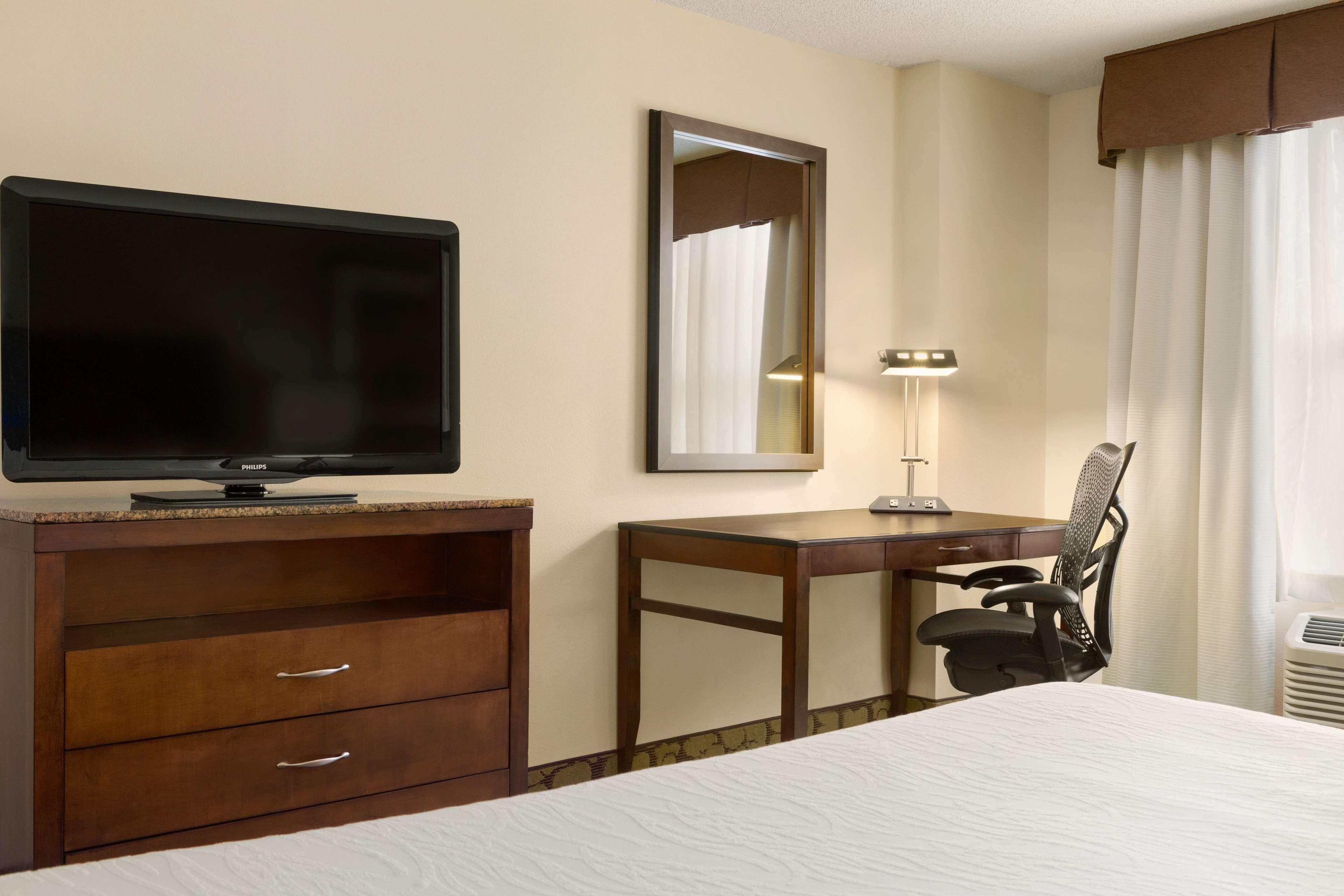 Hilton Garden Inn Atlanta Perimeter Center image 17