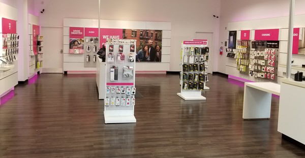 T Mobile Store At 50 East State Street Suite 1 2 Trenton Nj T