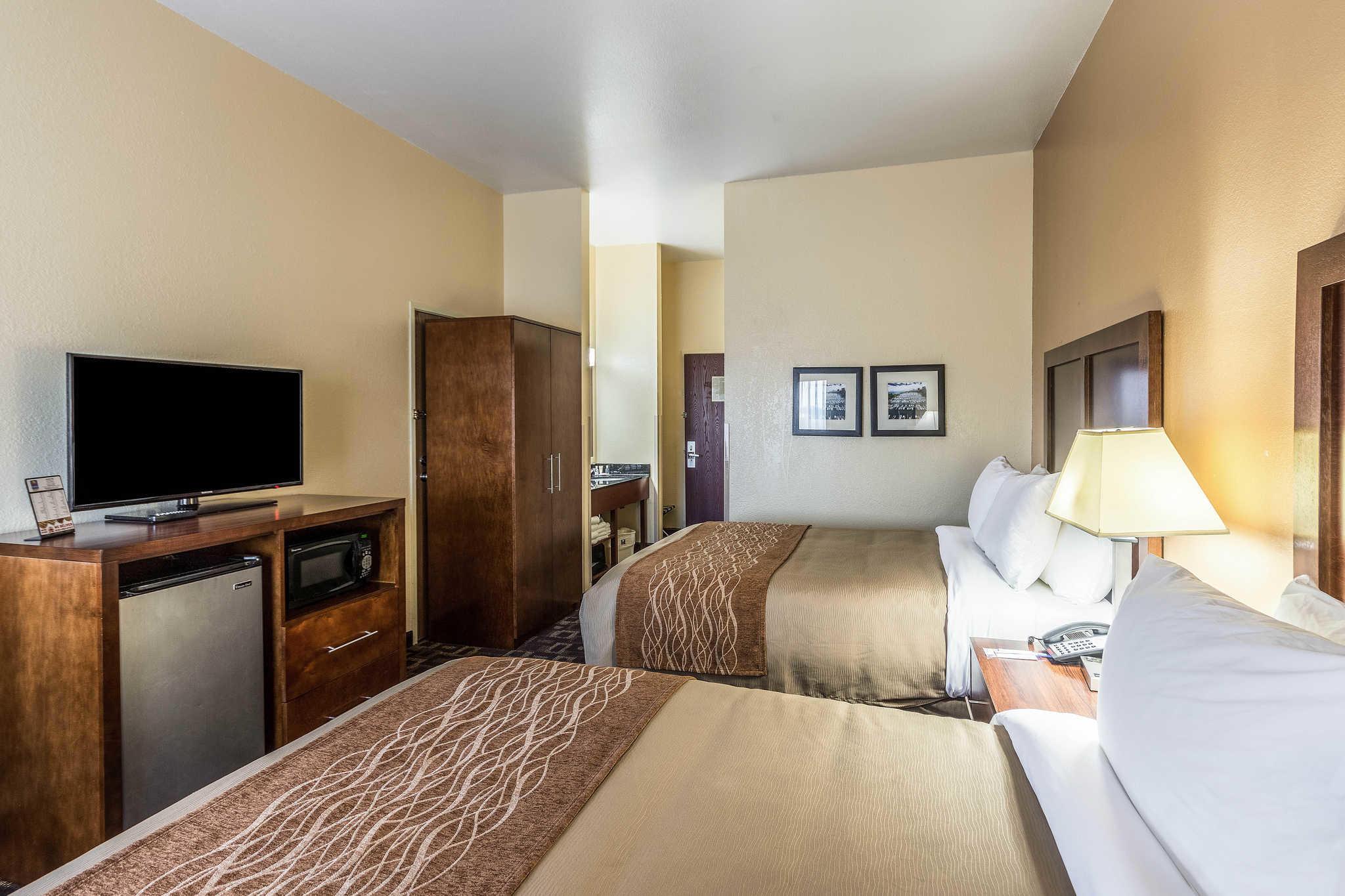 Comfort Inn & Suites North Aurora - Naperville image 15