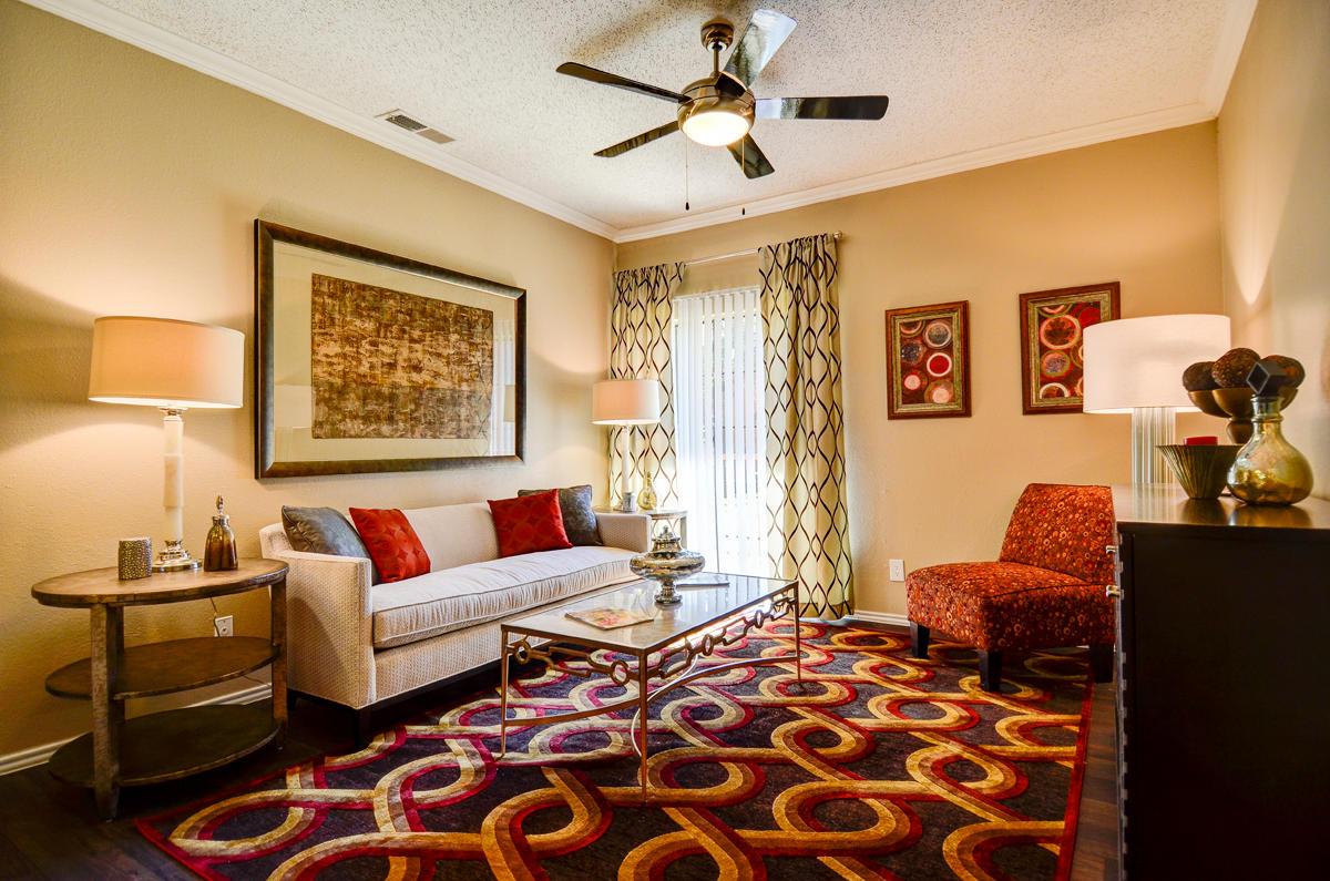 4804 Haverwood Apartments image 3