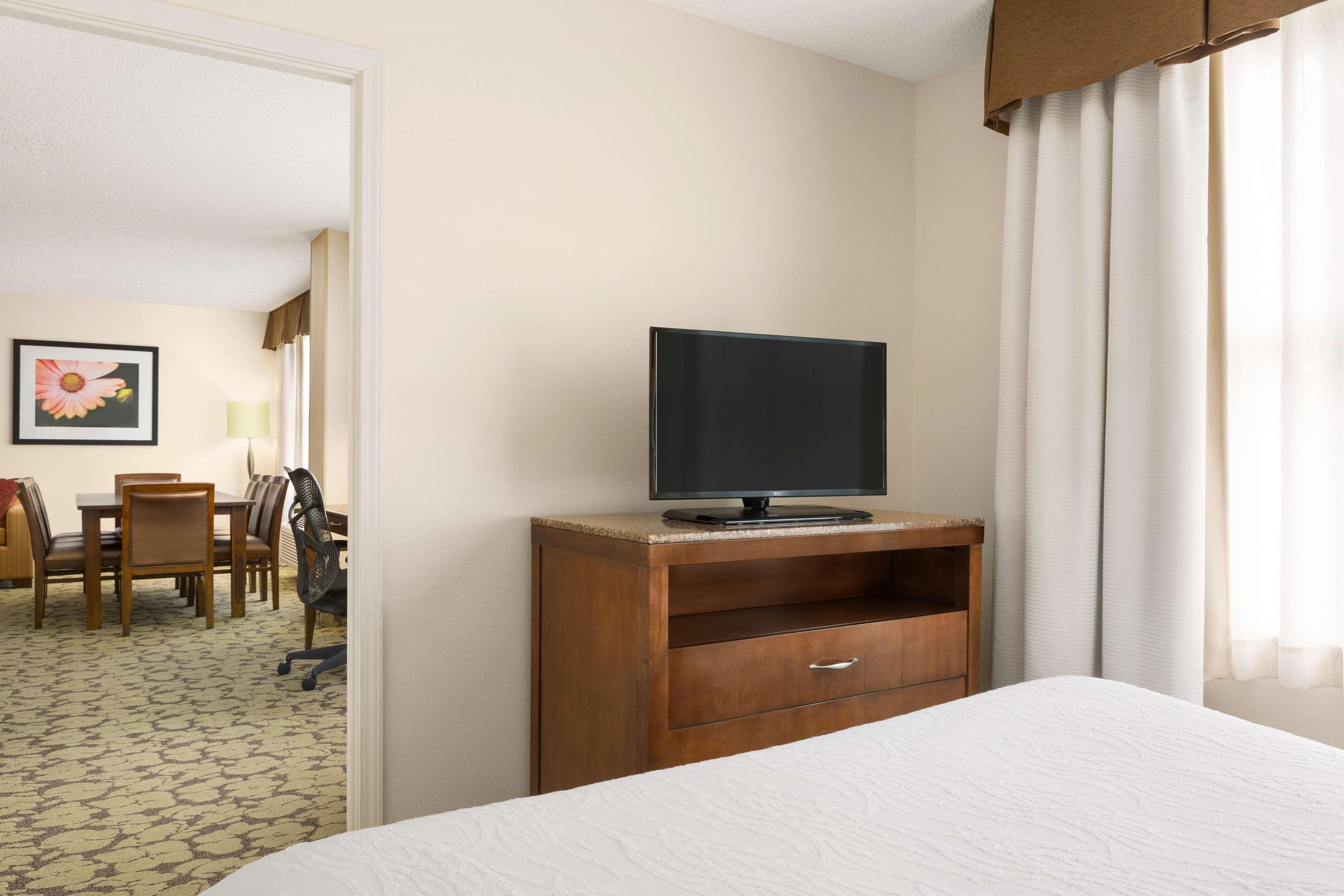 Hilton Garden Inn Atlanta Perimeter Center image 16