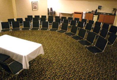 Best Western Peace Arch Inn in Surrey: Meeting Room