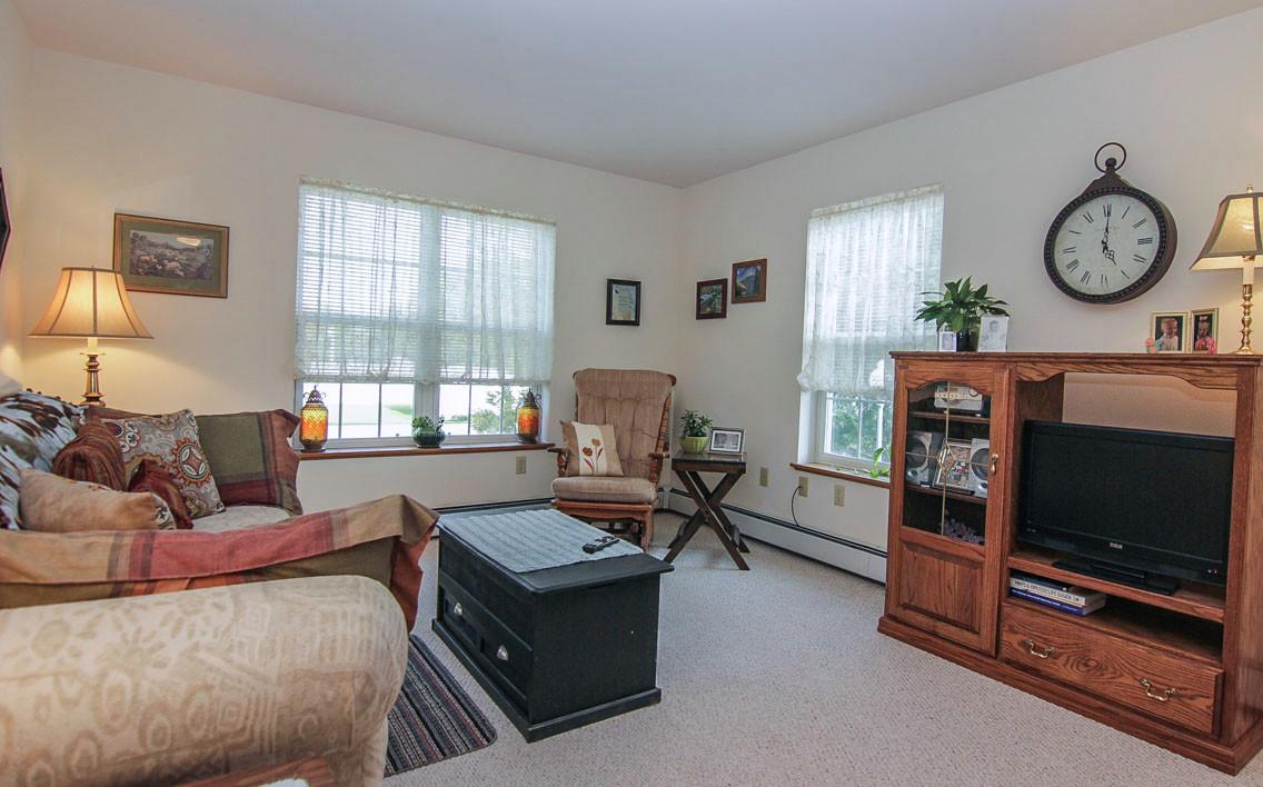 Fox Meadow Senior Apartments image 1