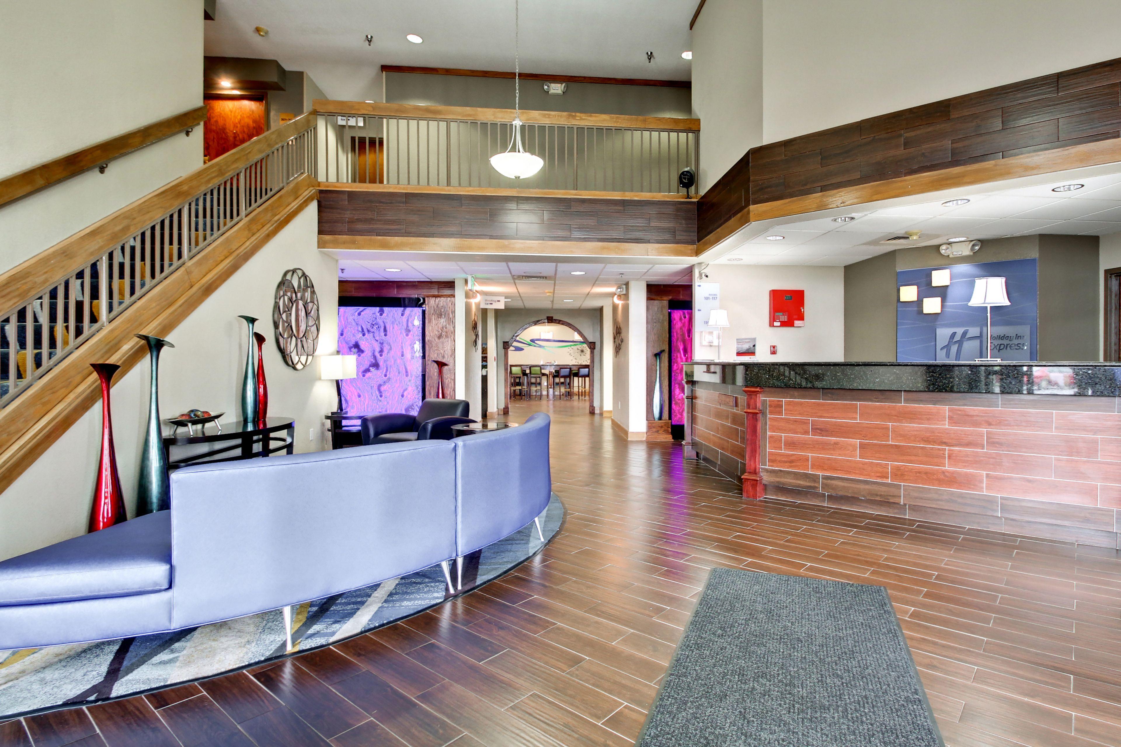 Holiday Inn Express Marshfield (Springfield Area) image 7