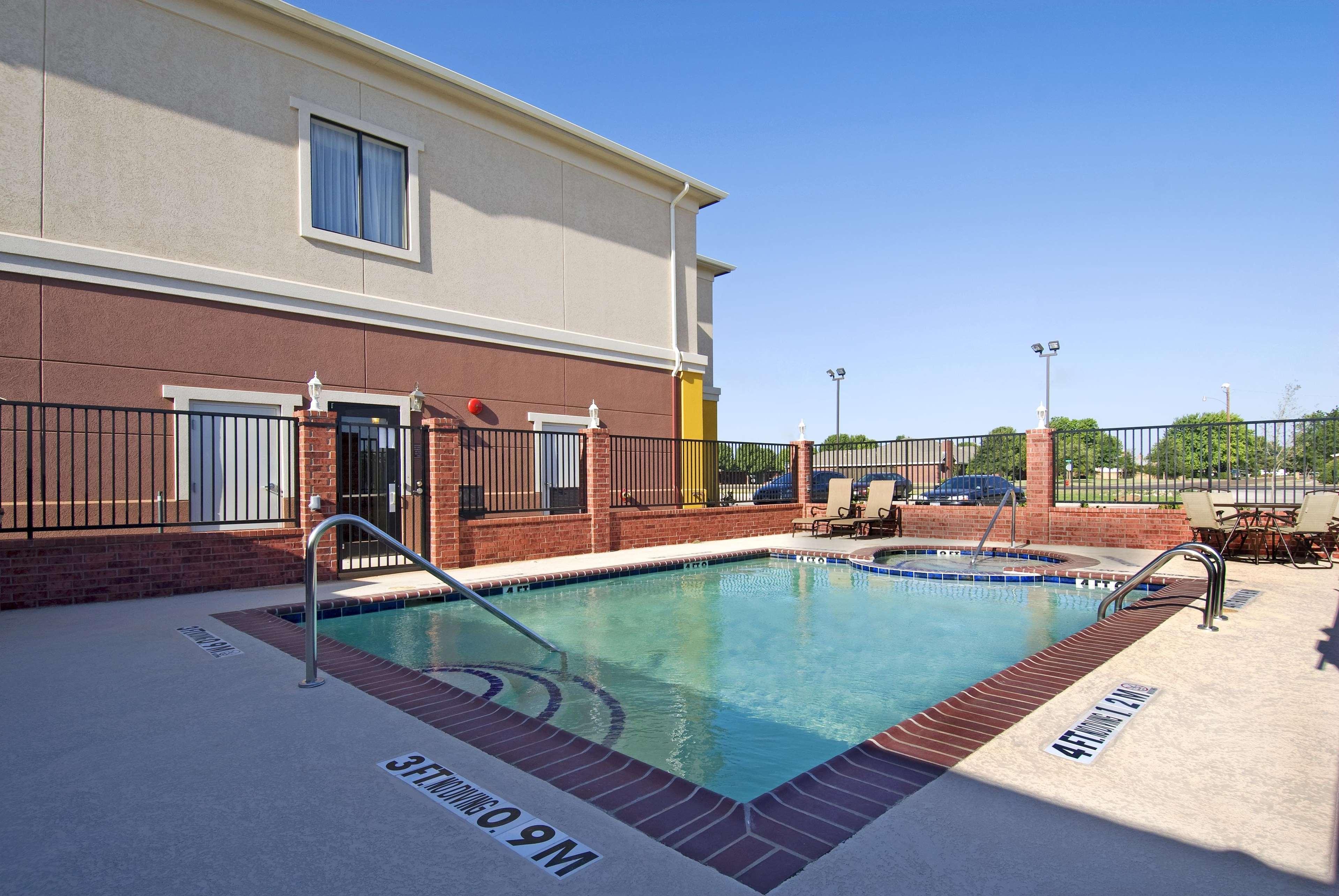Best Western Littlefield Inn & Suites image 0