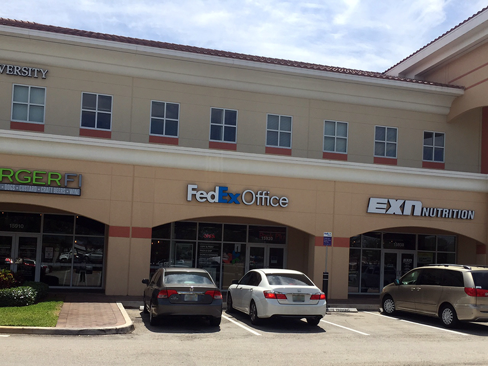 Gentil FedEx Office Print U0026 Ship Center 15920 Pines Blvd Pembroke Pines, FL  Mailing U0026 Shipping Services   MapQuest