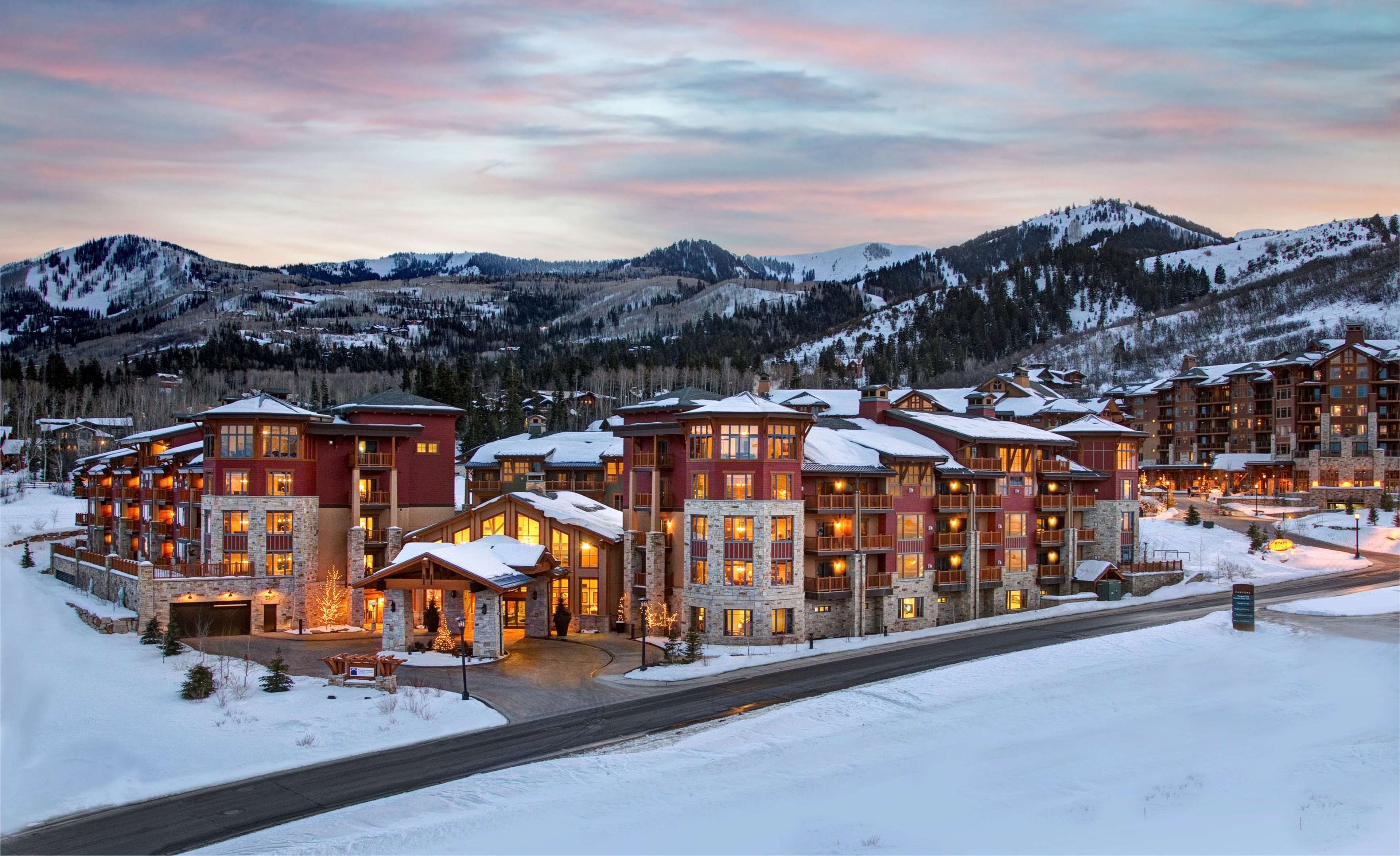 Sunrise Lodge by Hilton Grand Vacations image 2