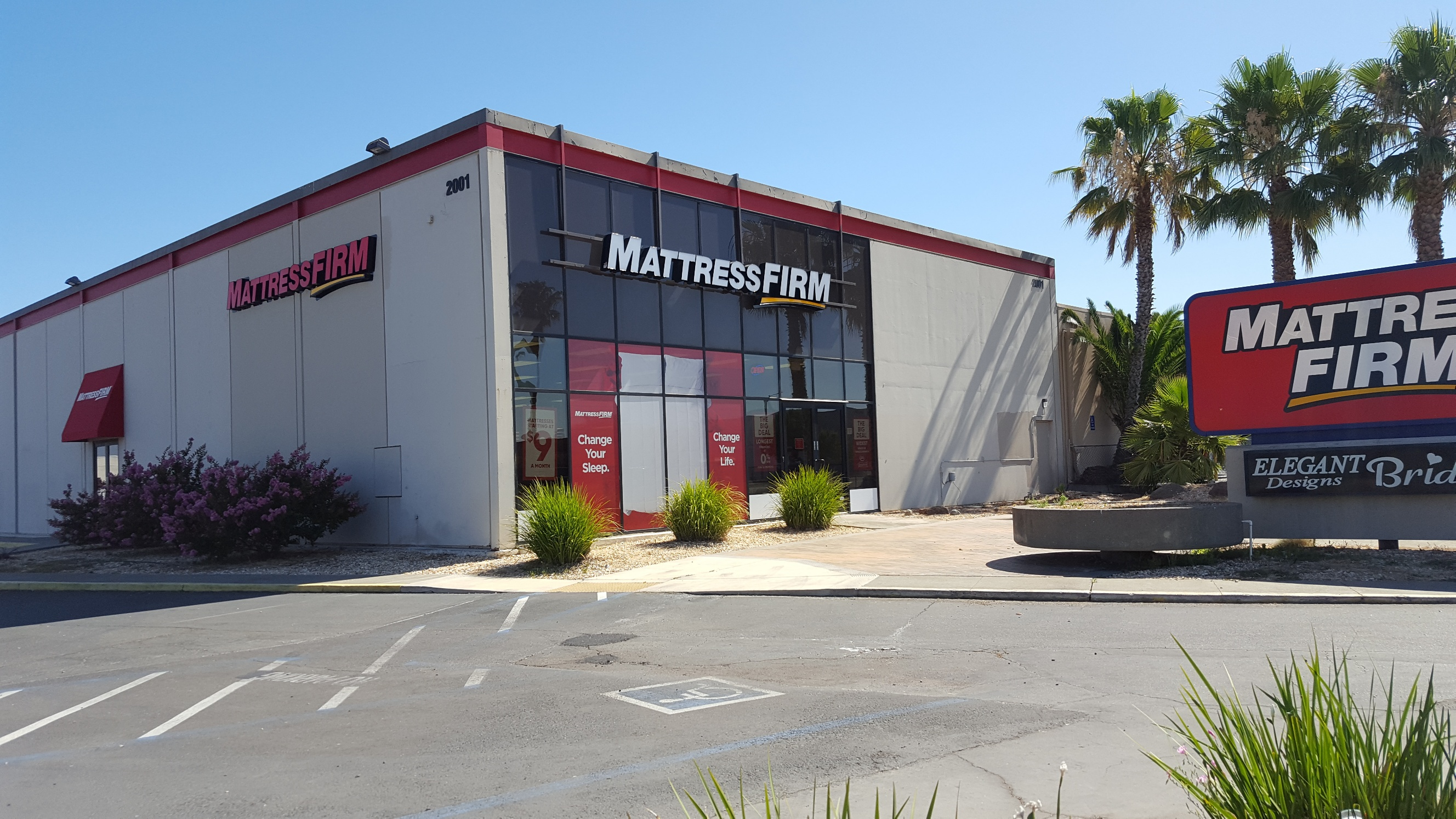 Mattress Firm Arden image 0
