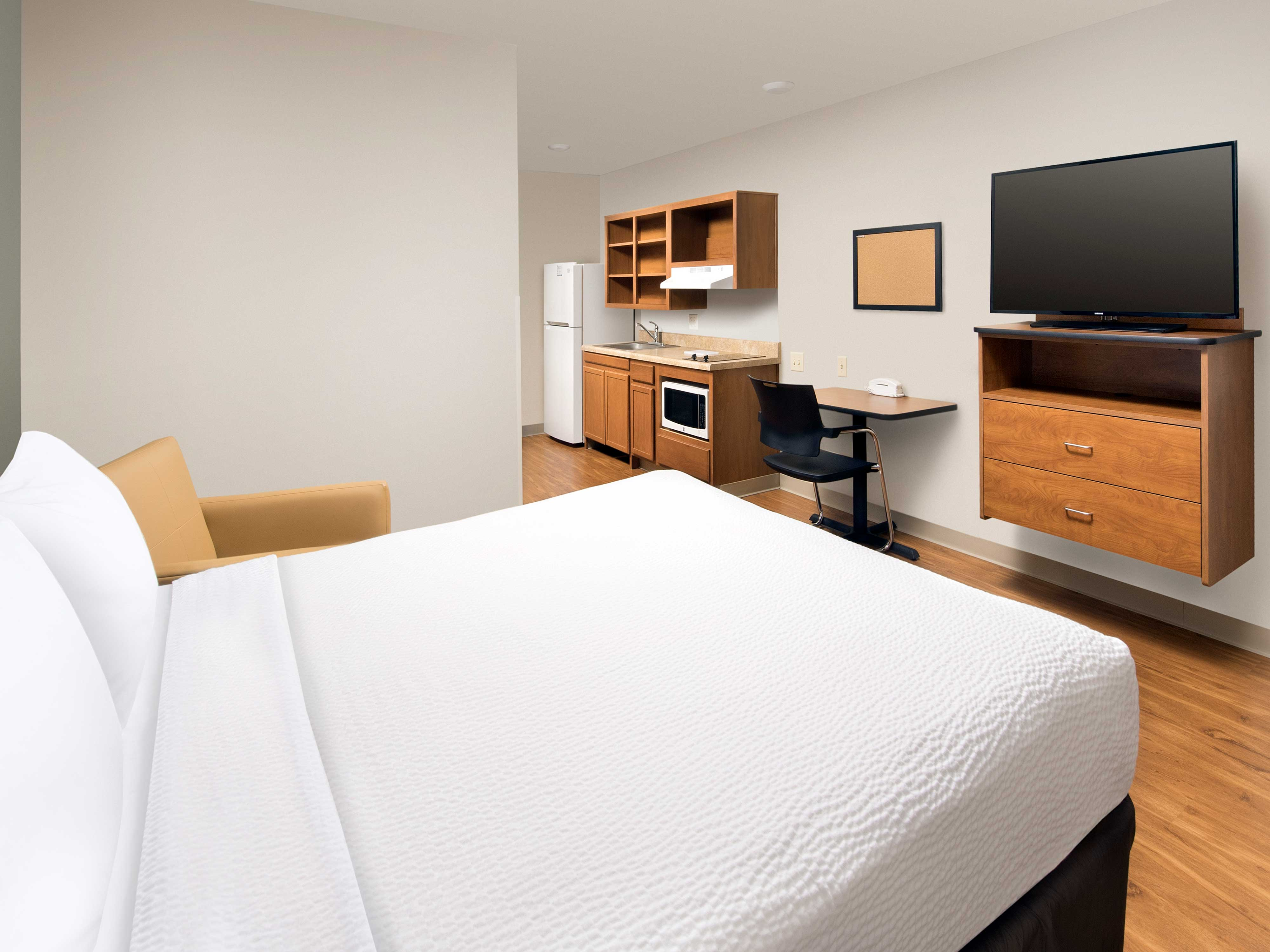 WoodSpring Suites Grand Rapids South image 23