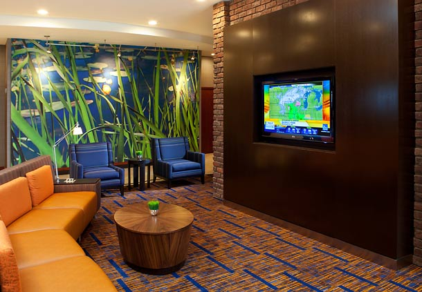 At the end of a long day, enjoy the comfortable and friendly atmosphere found in our newly-renovated lobby. Watch the big screen TV, unwind with a cocktail, or let your day extend with use of our complimentary wireless Internet access.