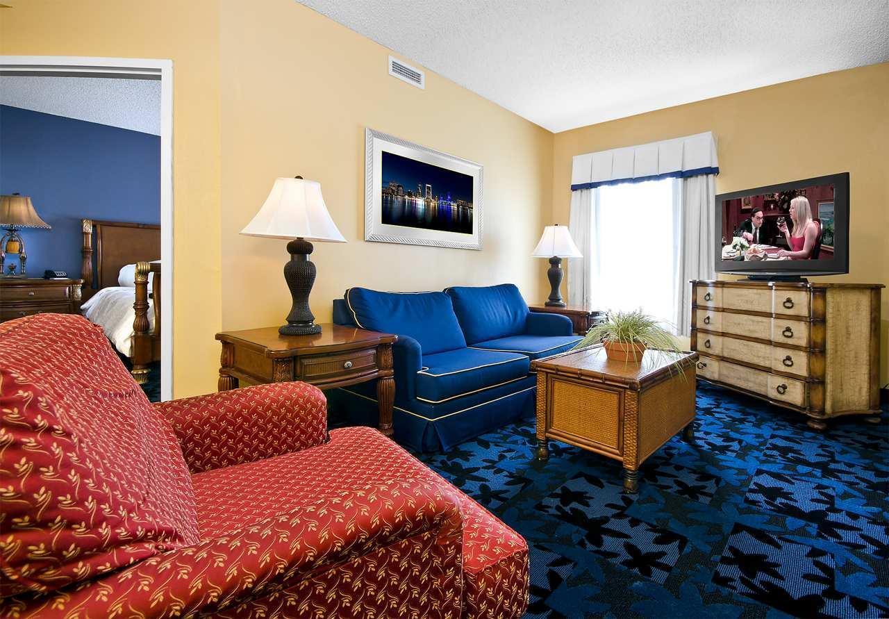 Hampton Inn & Suites Jacksonville South-St. Johns Town Center Area image 13