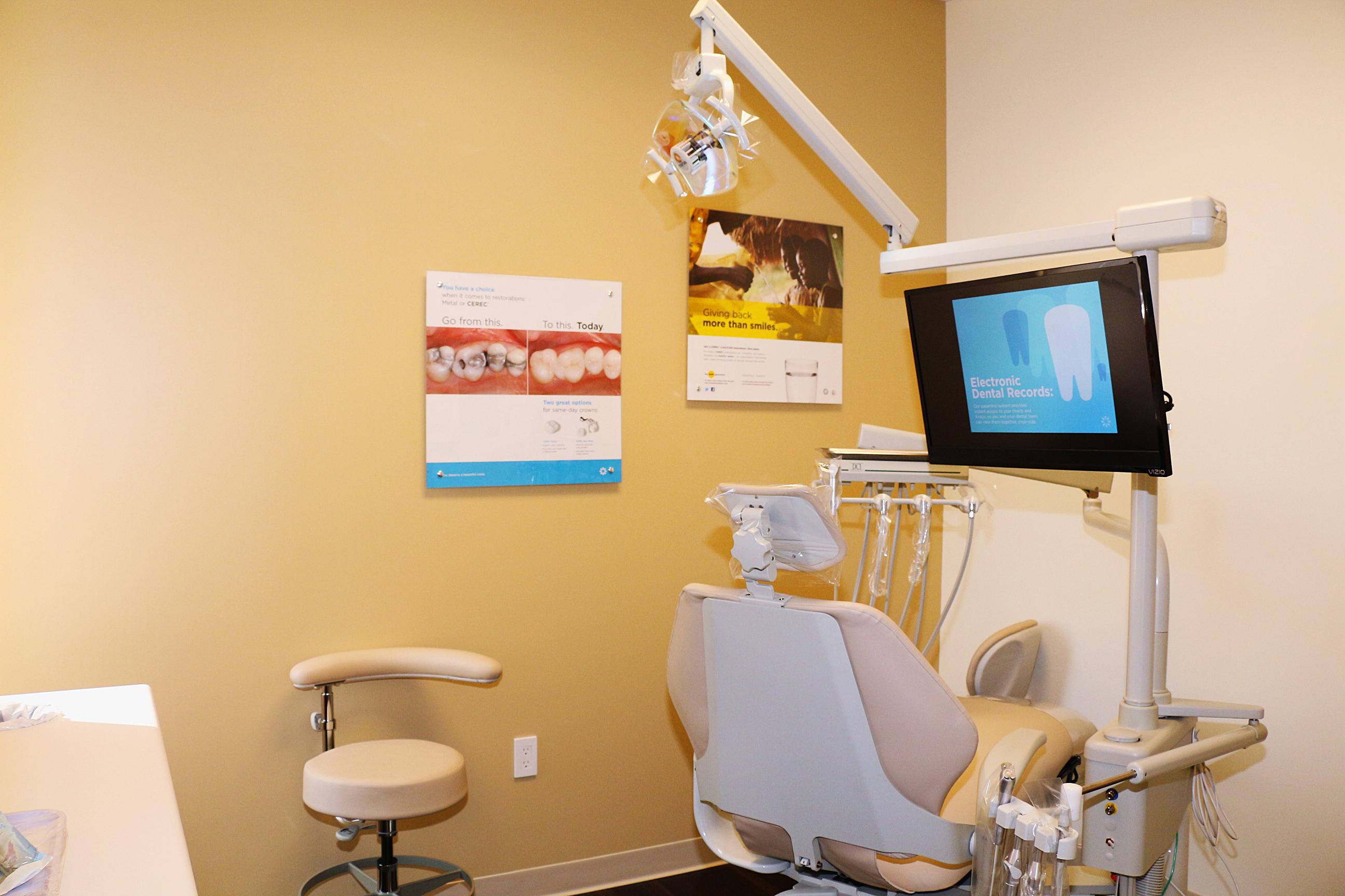 Chaska Commons Dental Group image 7