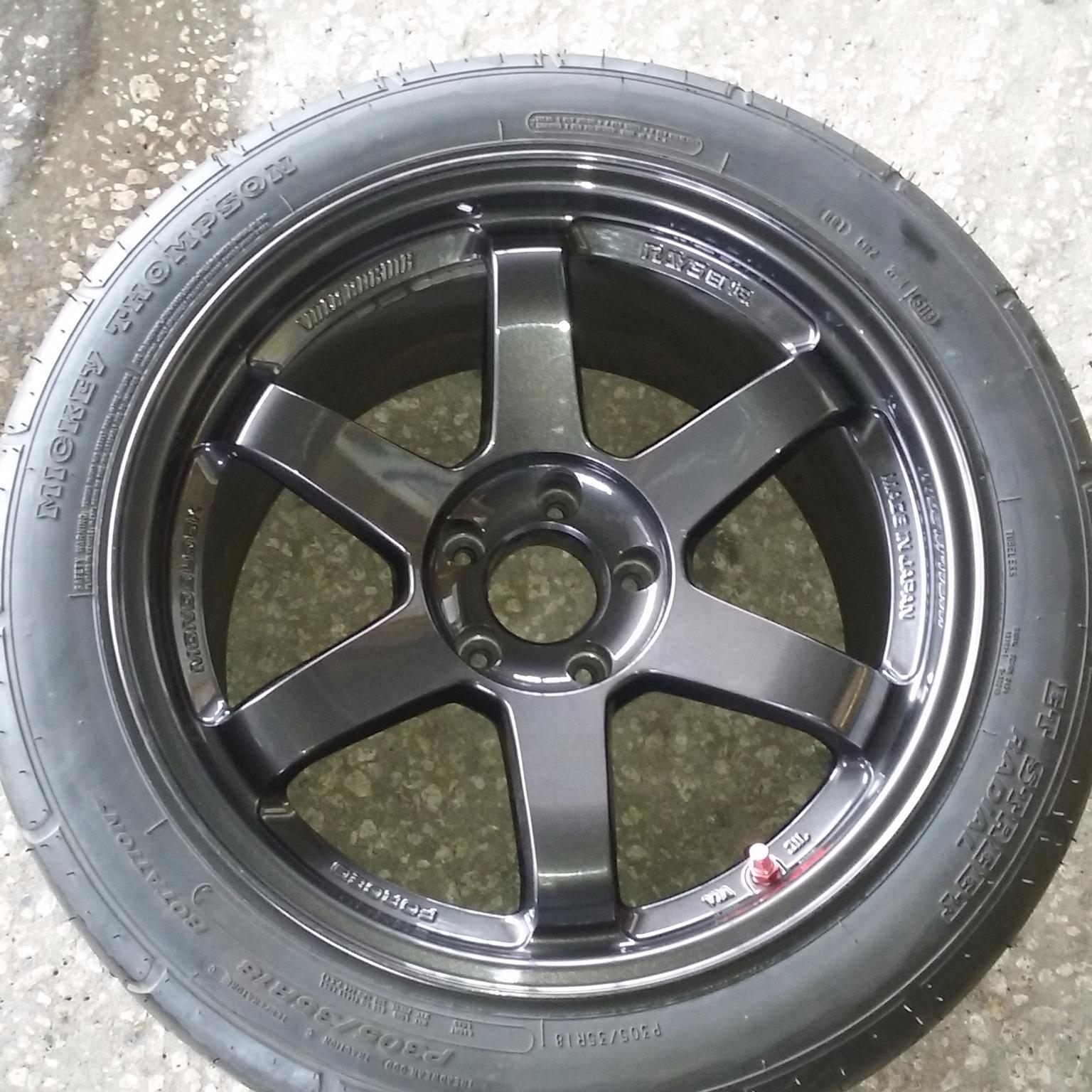 El Pino Tires